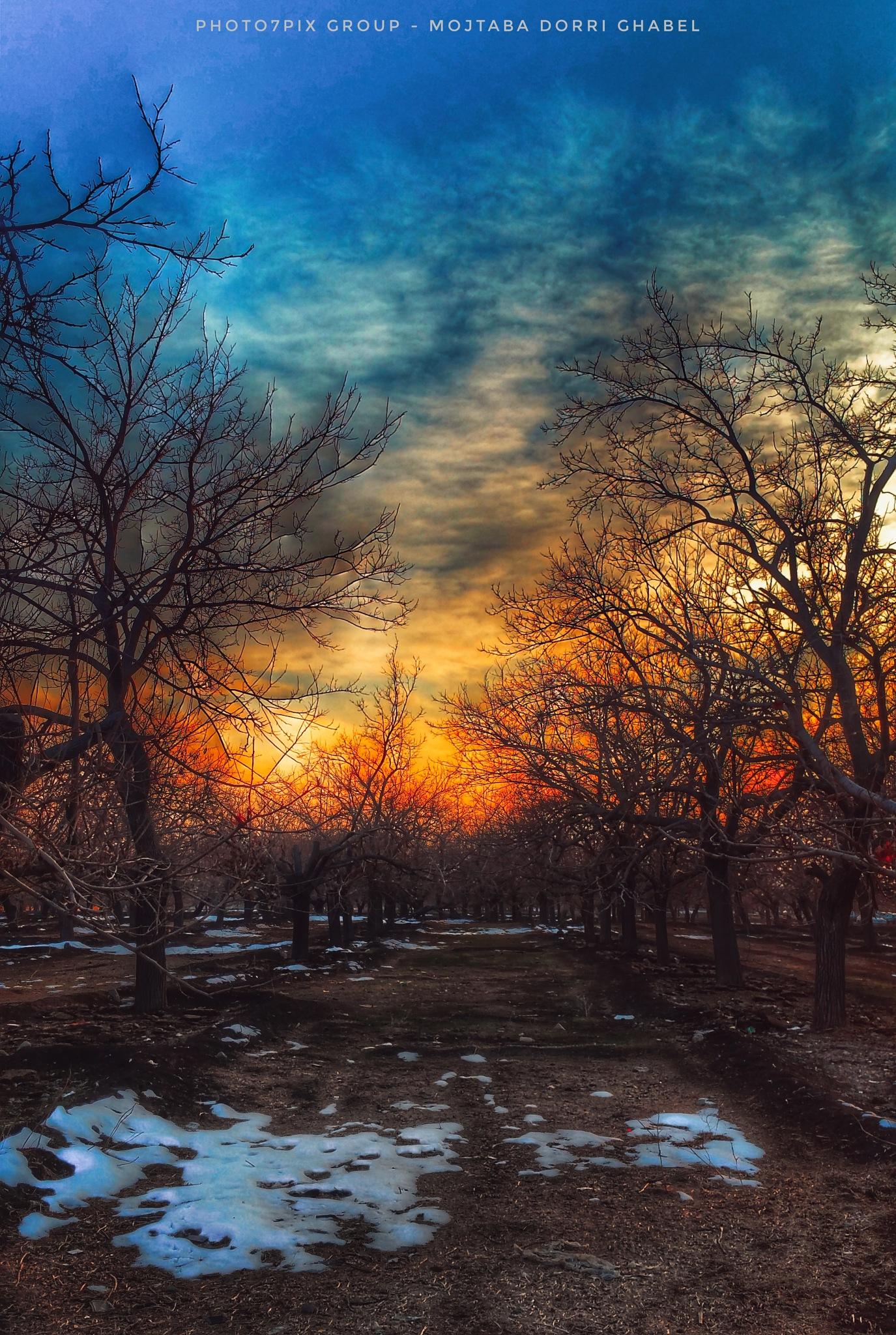 sunset of kan by mojtabadorri