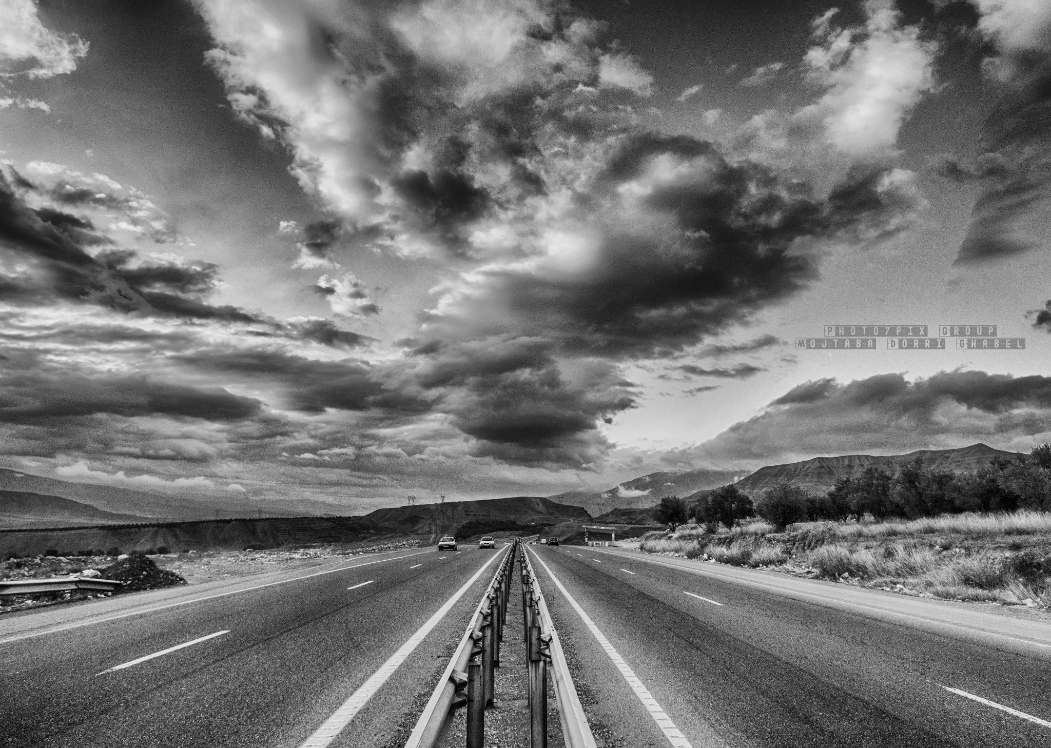 highway  by mojtabadorri