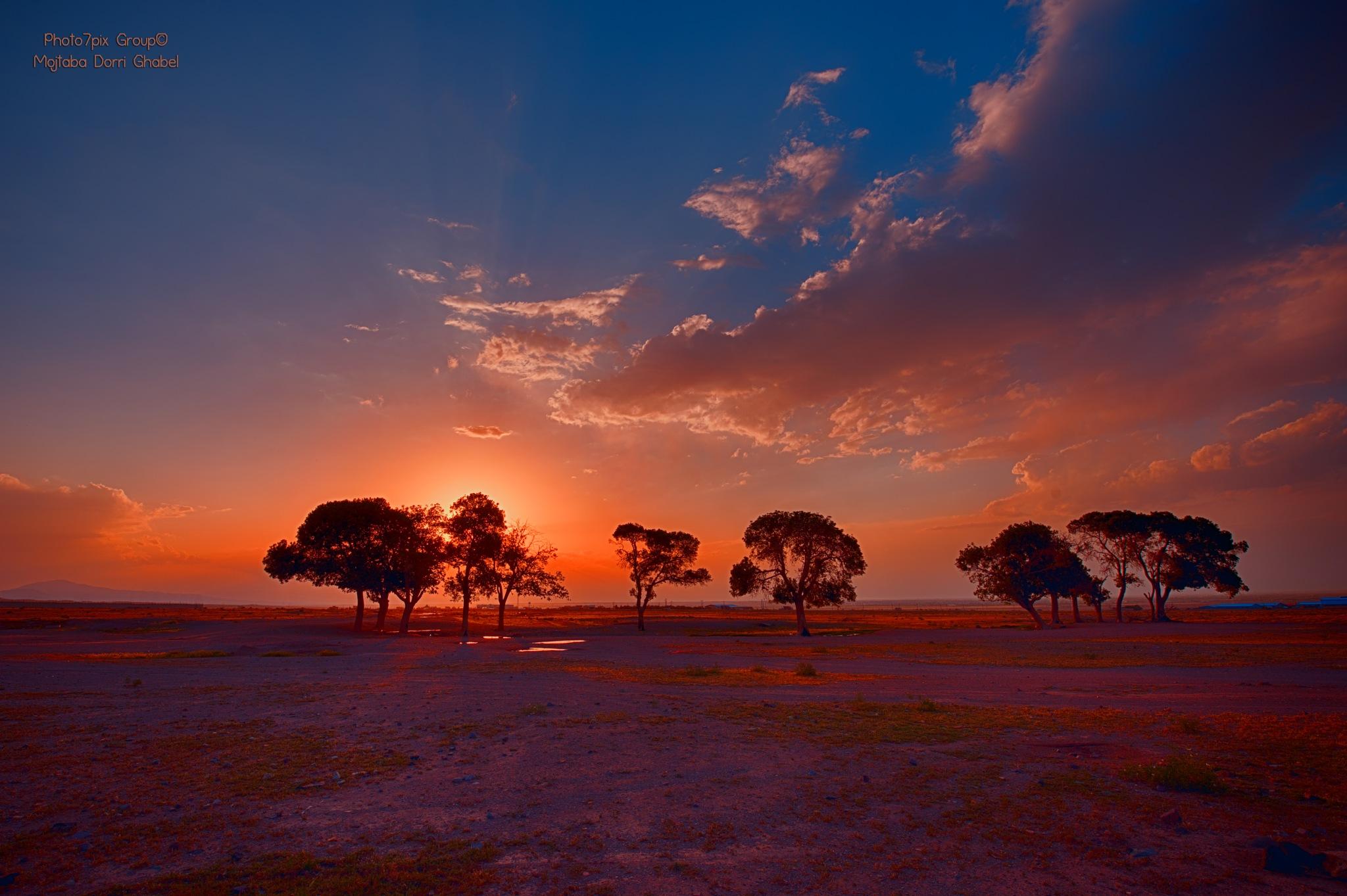 sunset  by mojtabadorri