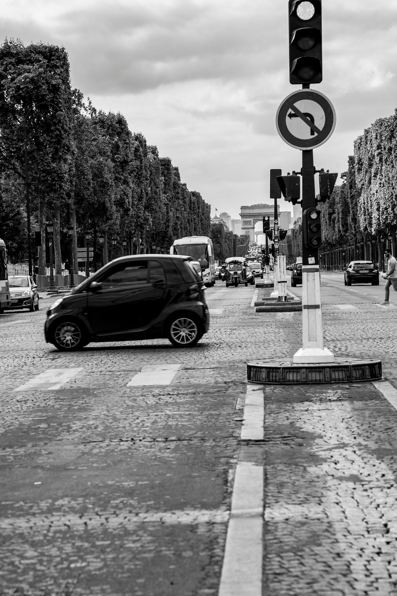 Do not turn left by verovisaggio