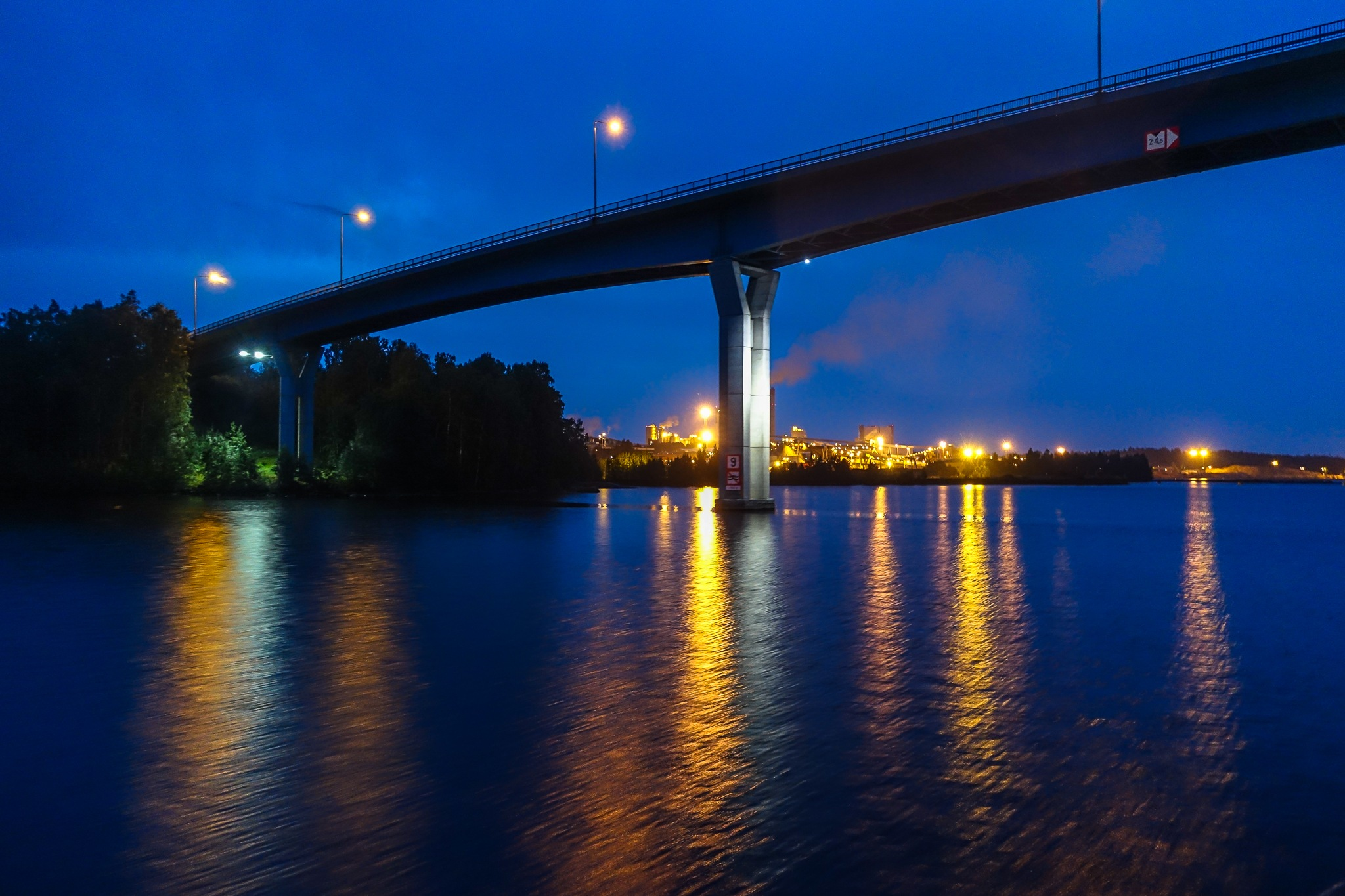 Bridge over Luukkaansalmi by Anne_V