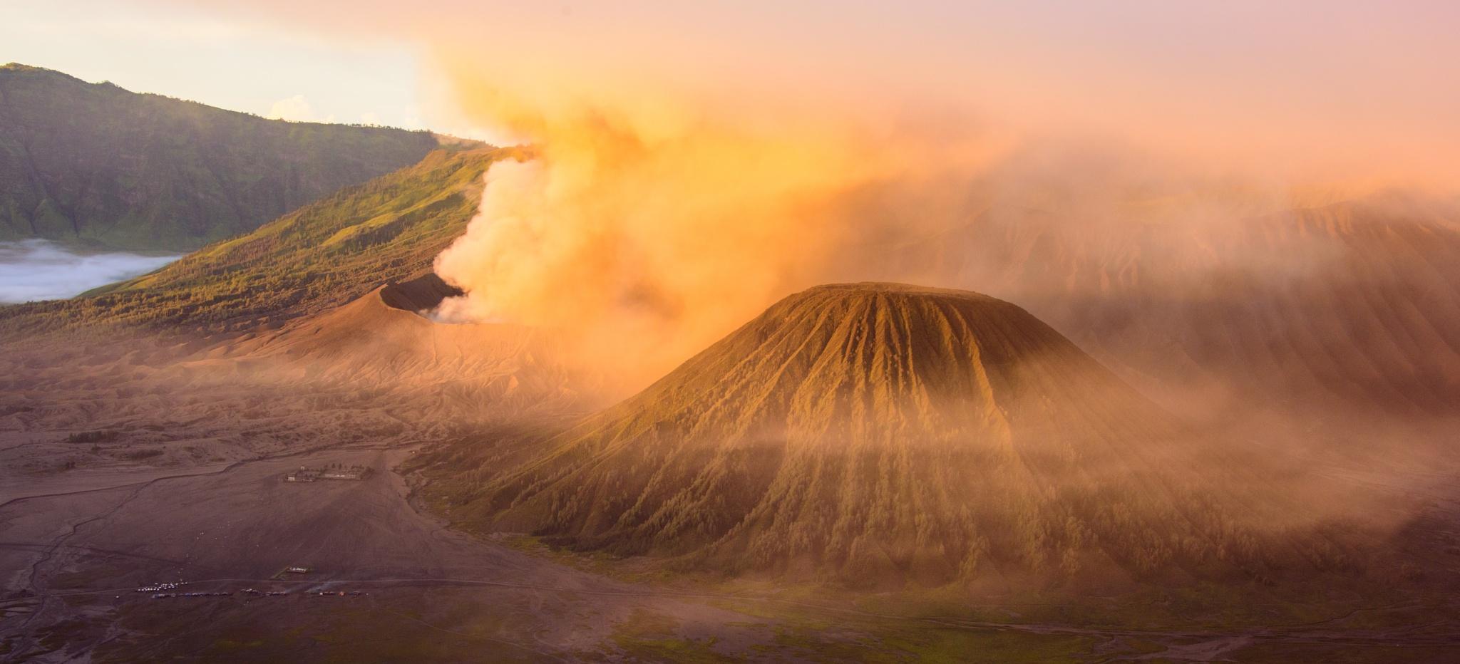 Bromo Sunrise by davemet