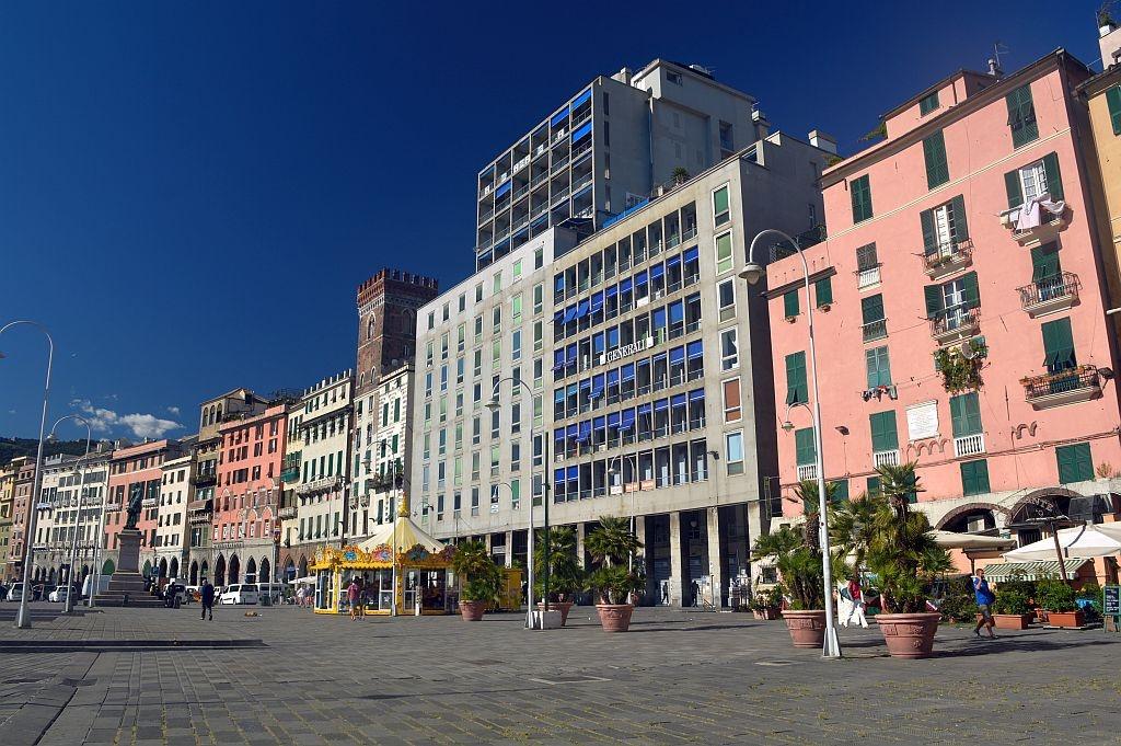 Porto Antico, Genoa by Eliane Muskus