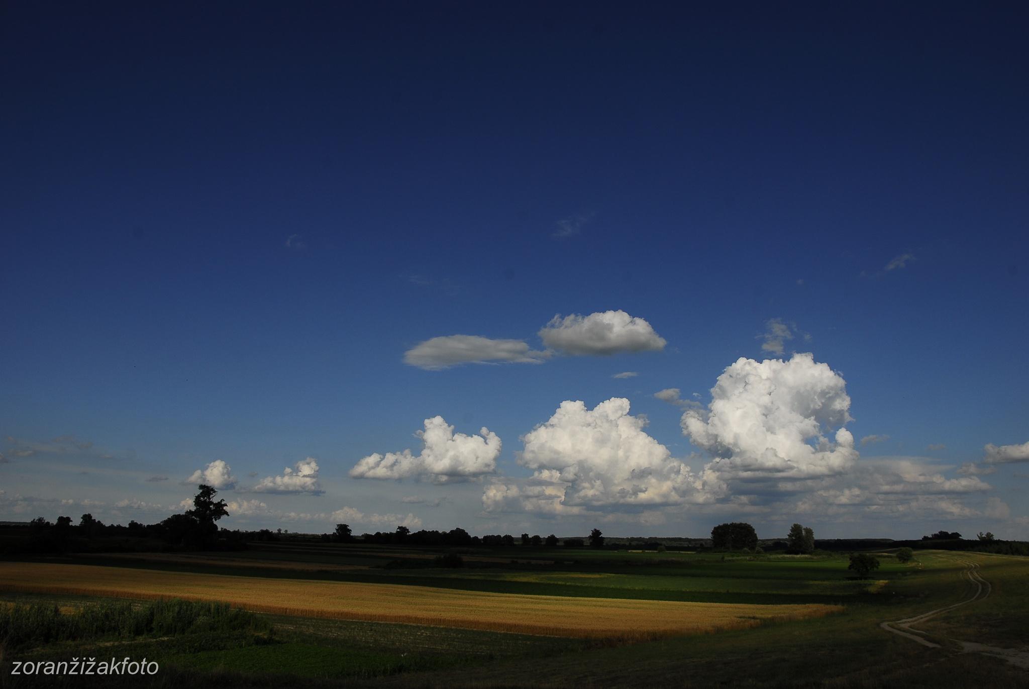clouds by Zoran Žižak