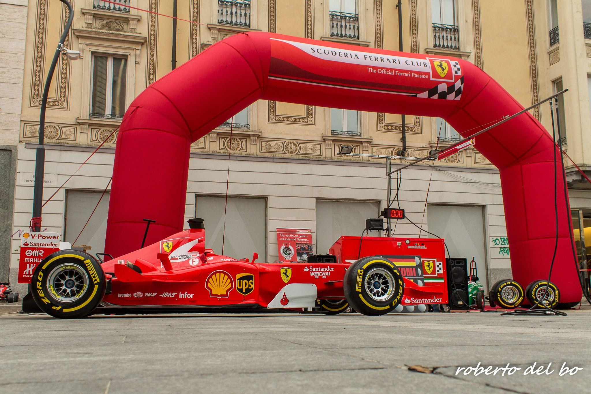 Rosso Ferrari by roberto del bo