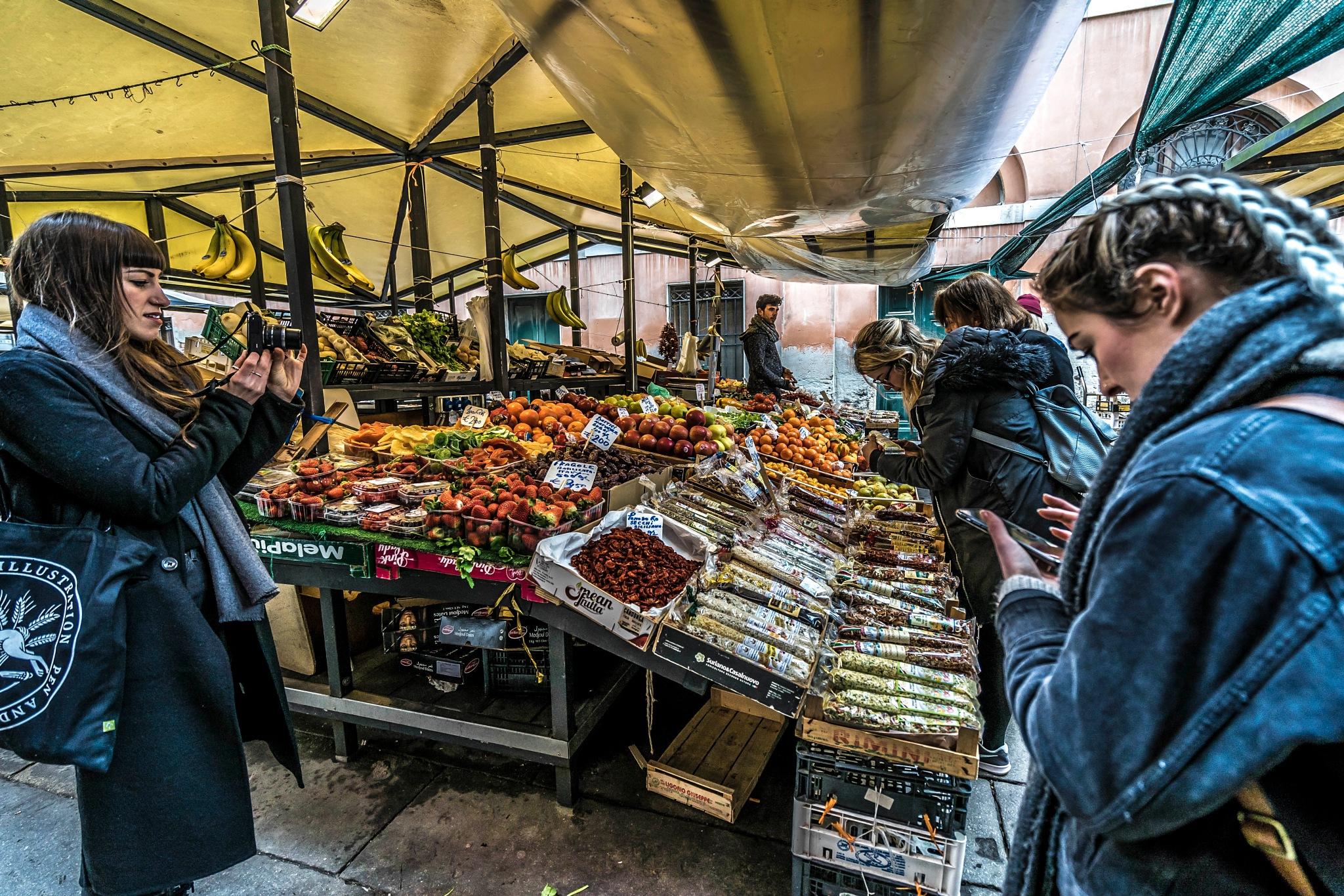 Market Time  by Mark Lindsay