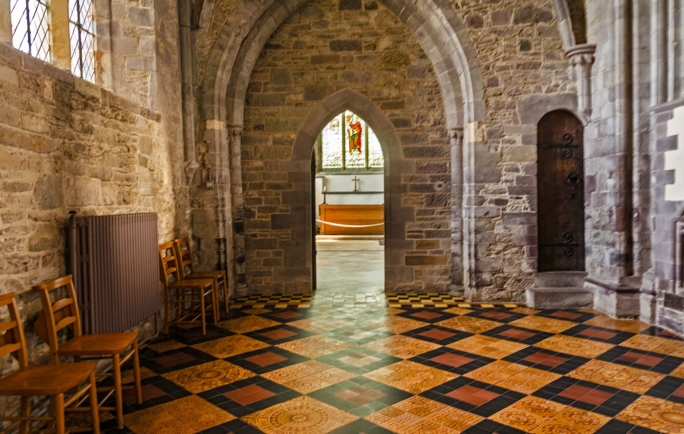 St Davids Cathedral by edwinphillips