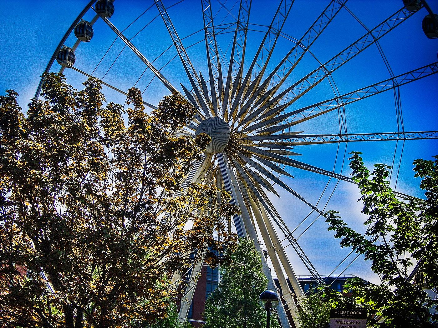 Ferris wheel by edwinphillips