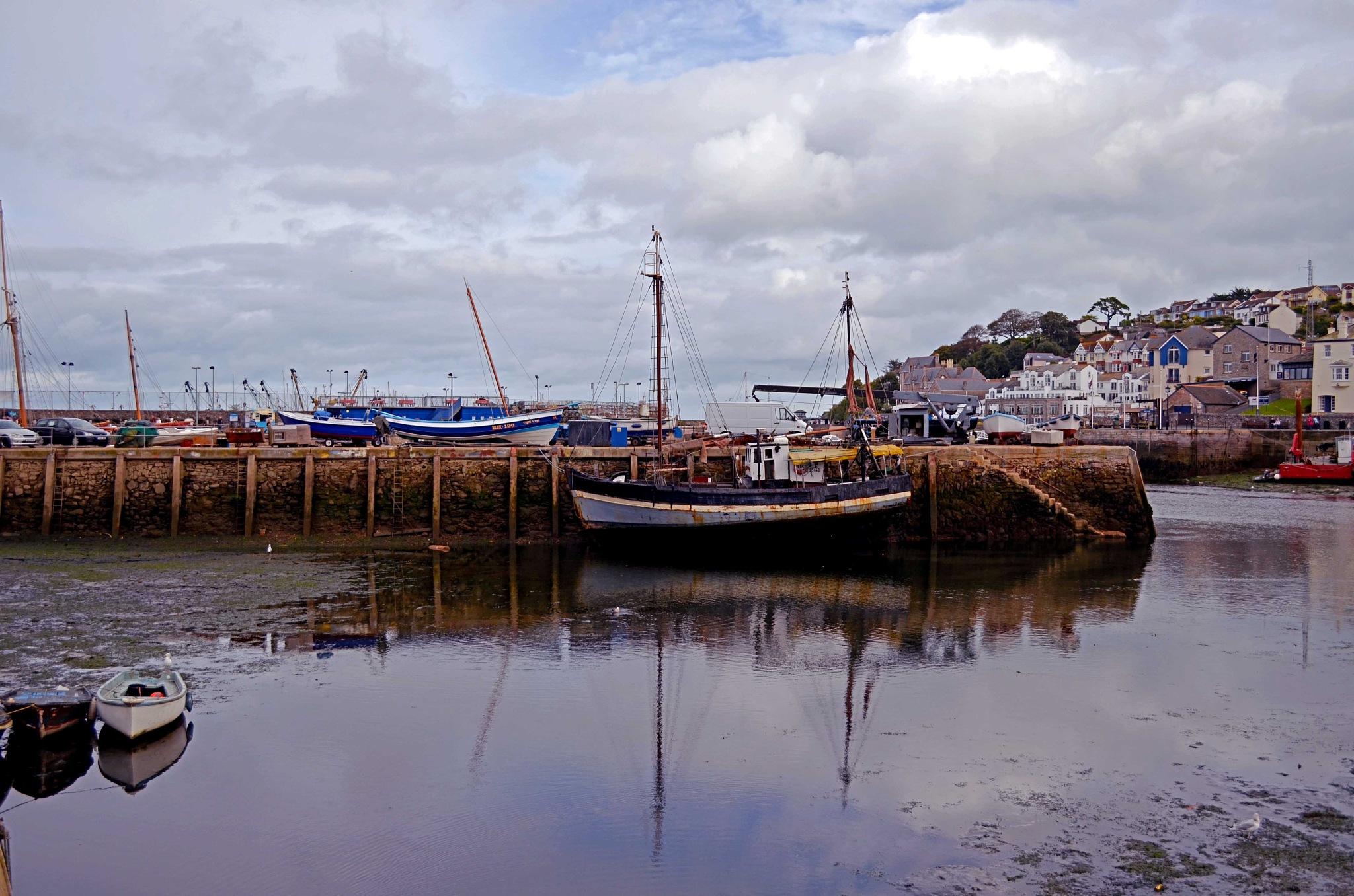 Harbour side by edwinphillips