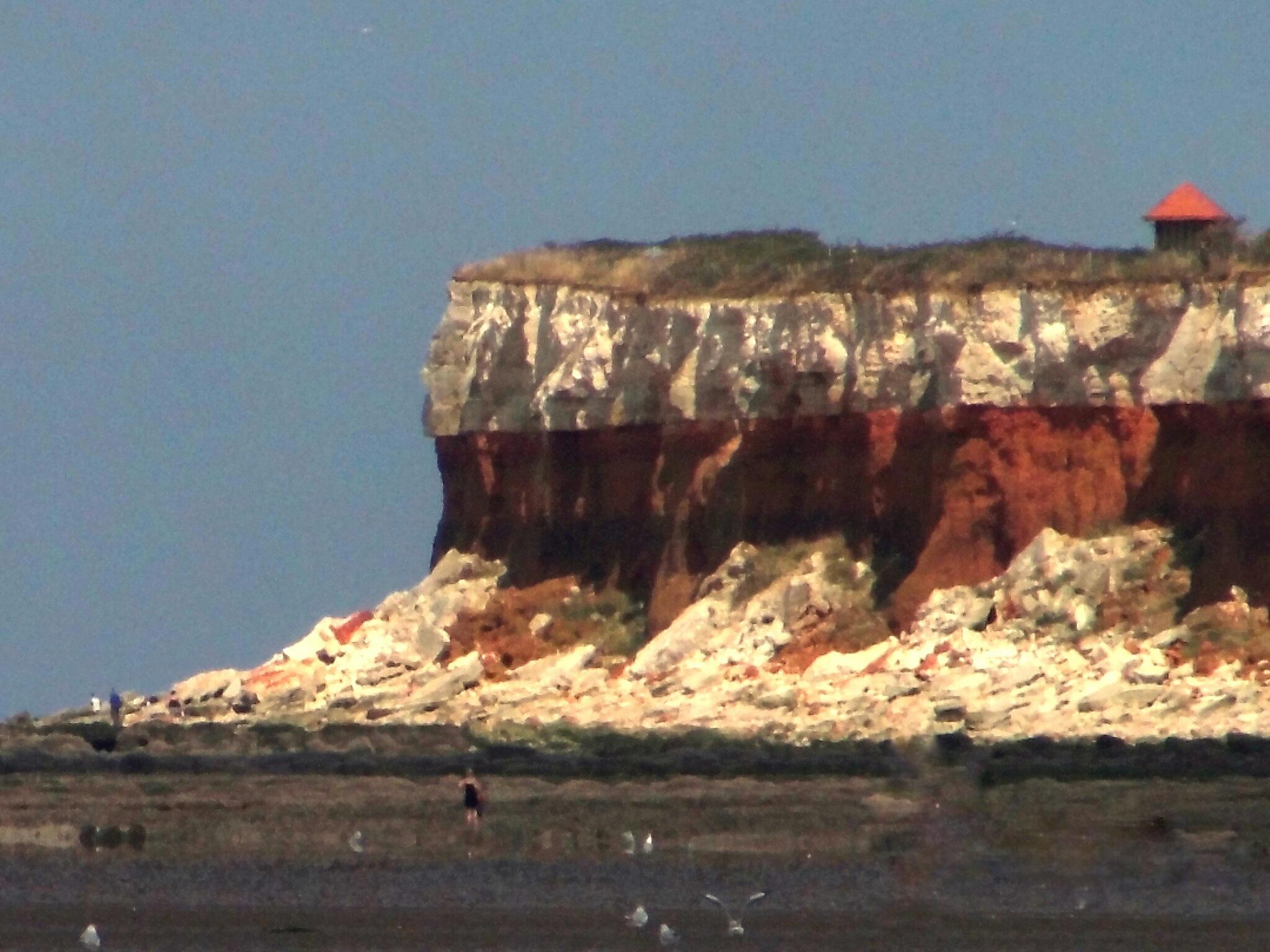 Hunstanton Cliffs by Shannon Peeling