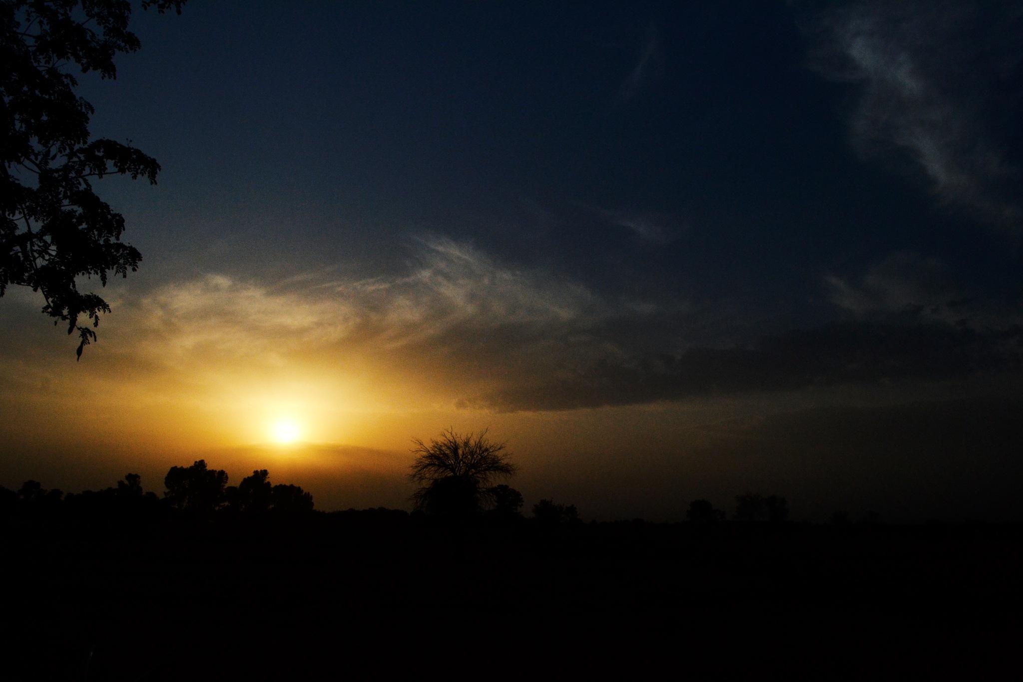 SUN Set by SumbalAwan