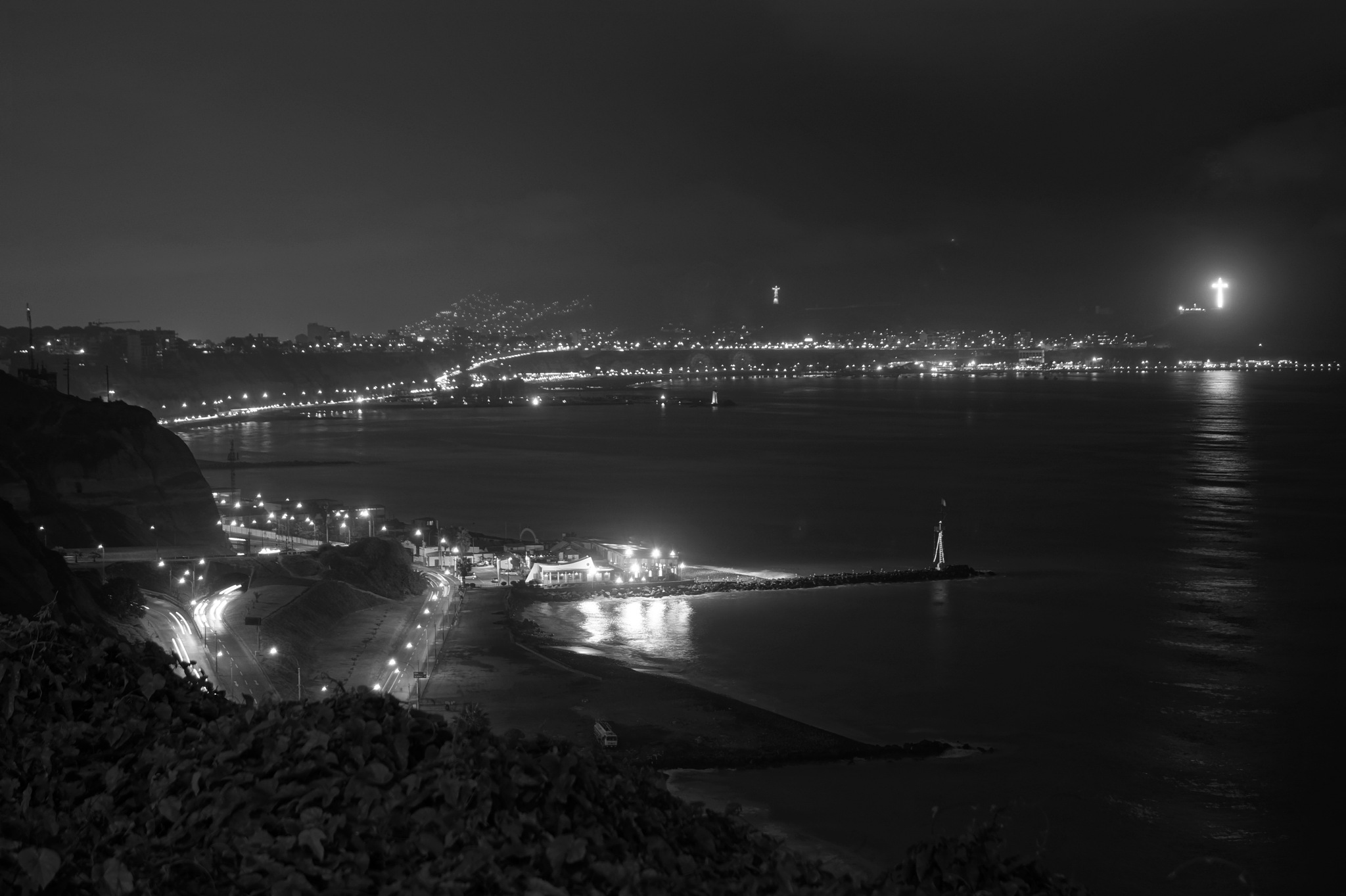 Chorrillos from Miraflores by Carlos Toche Henderson
