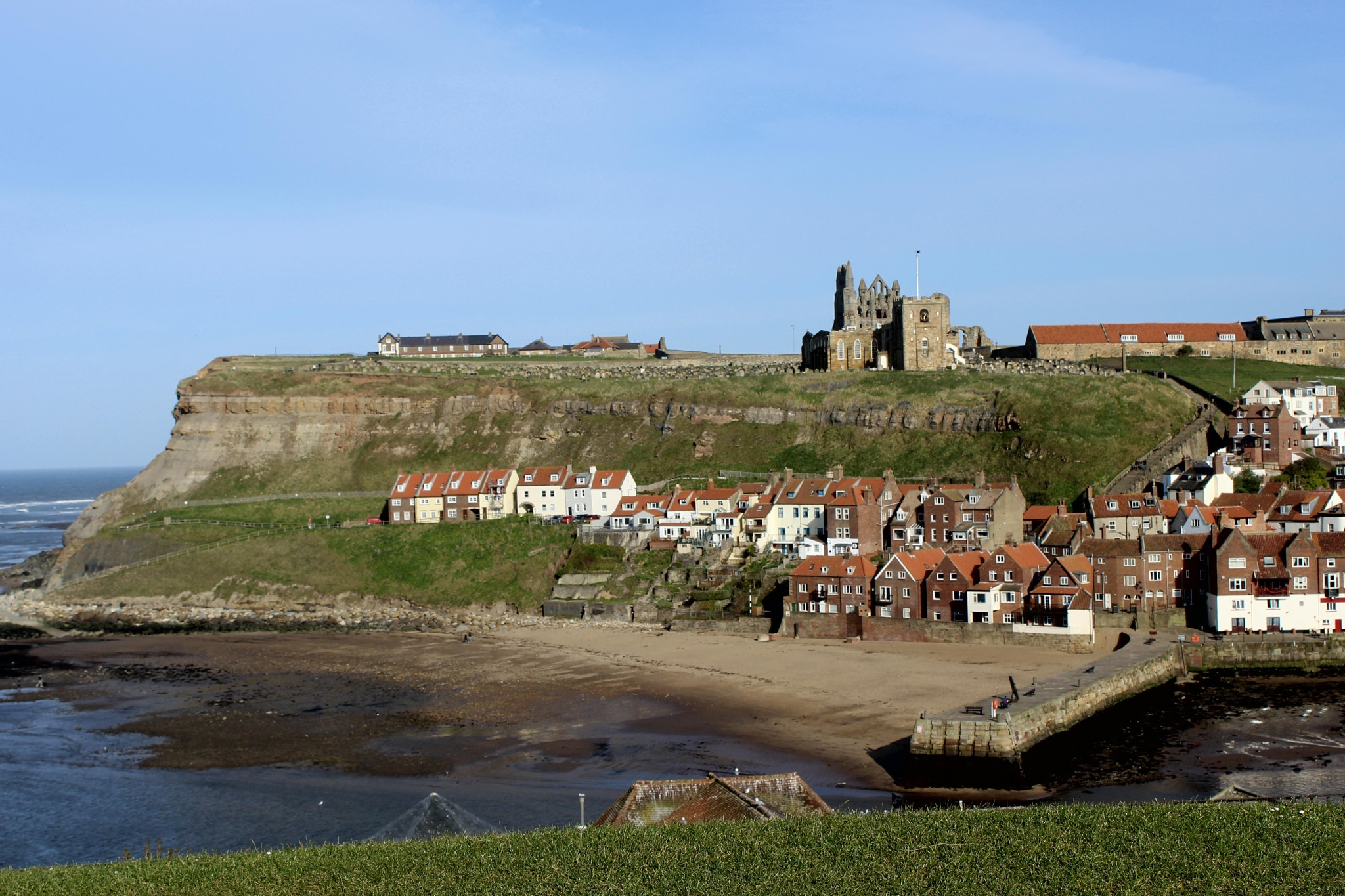 Whitby, Yorkshire, England by geraniumpratense
