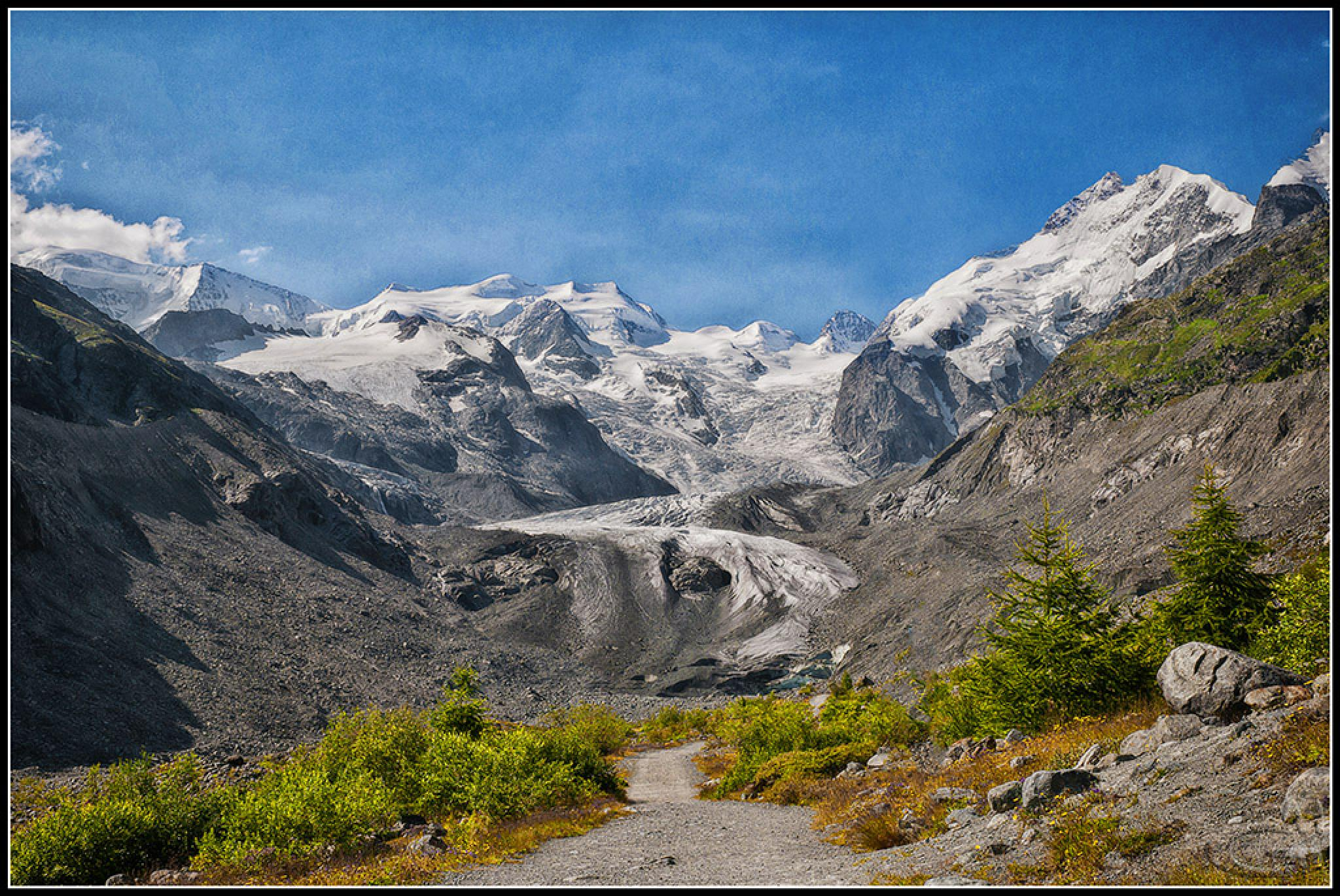 Morteratsch Glacier by Giuseppe Mantenuto