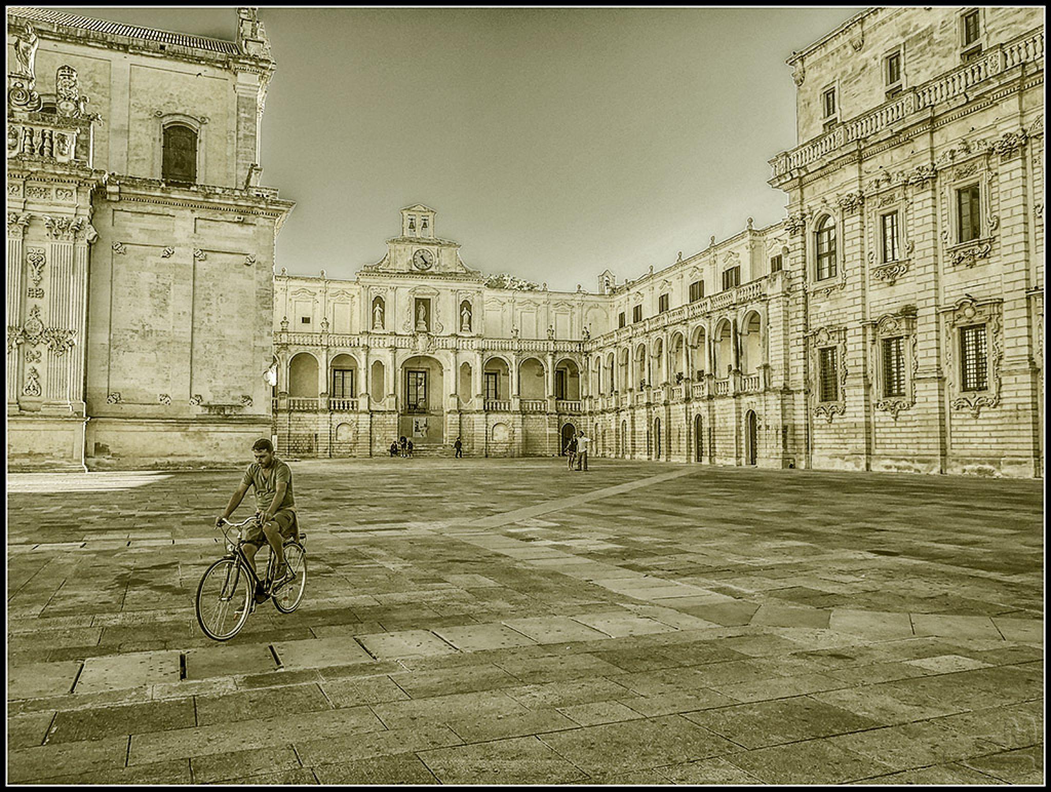 Lecce by Giuseppe Mantenuto