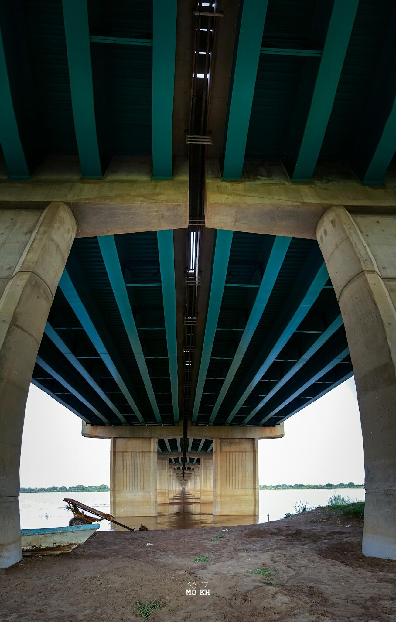 Under the bridge by MO KH