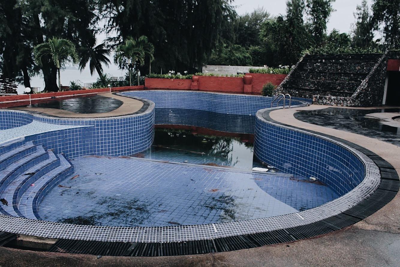 Swimming pool  by Ketsada UNs
