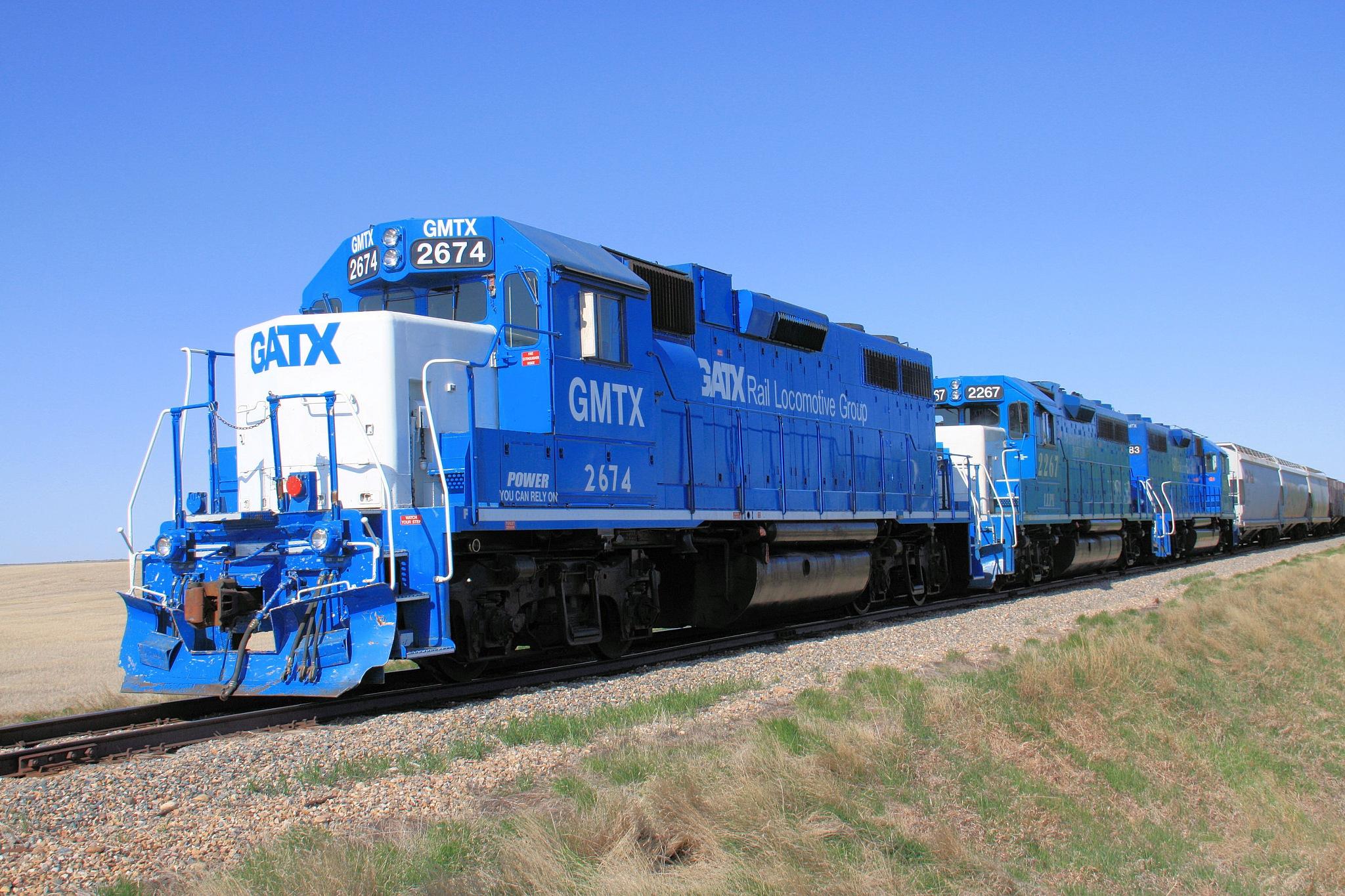 GATX Rail Locomotive Group by Dan Loran