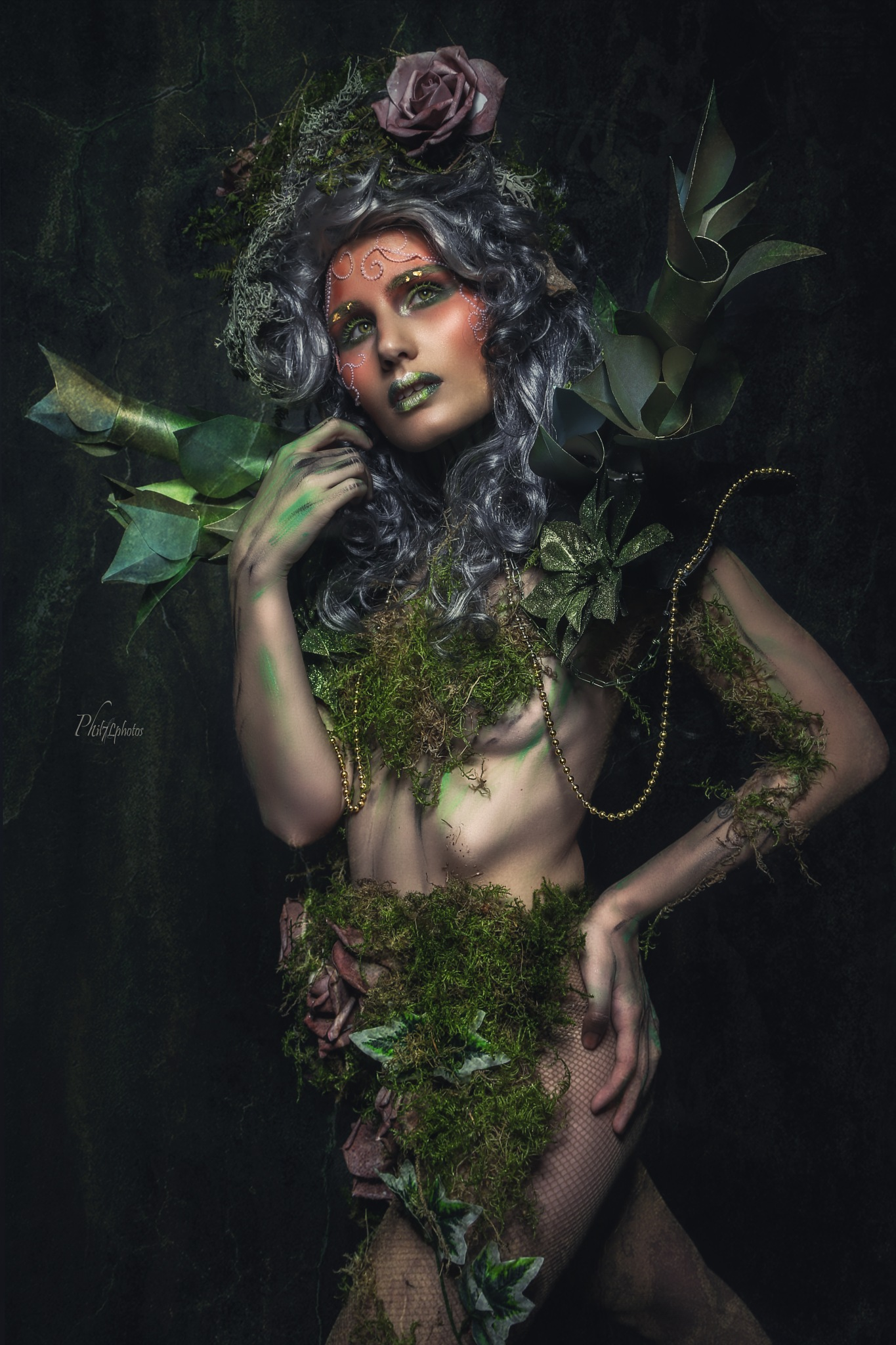 green natural woman by Filippo Bomparola