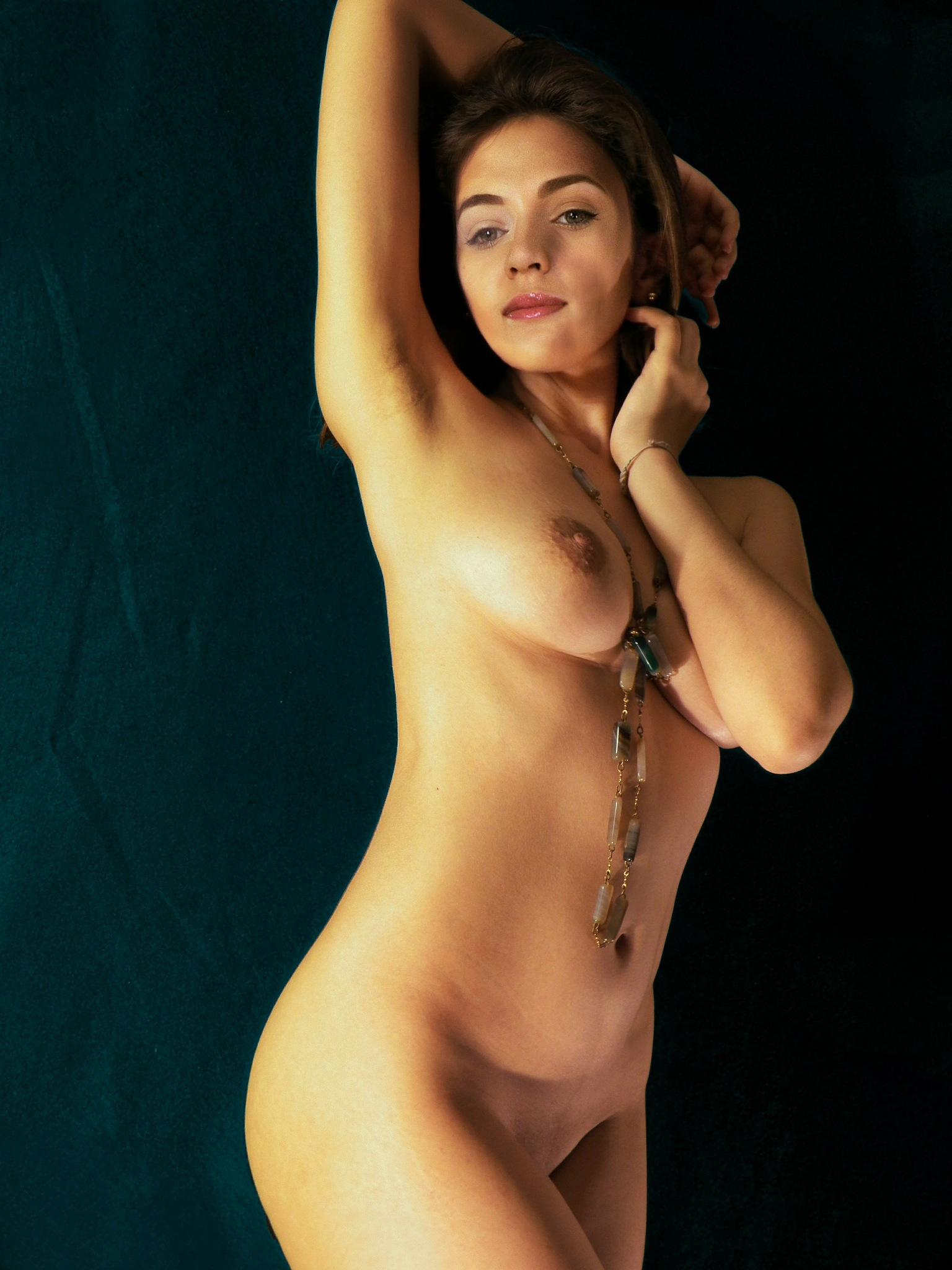The model V (Nude study 16) by JuanM