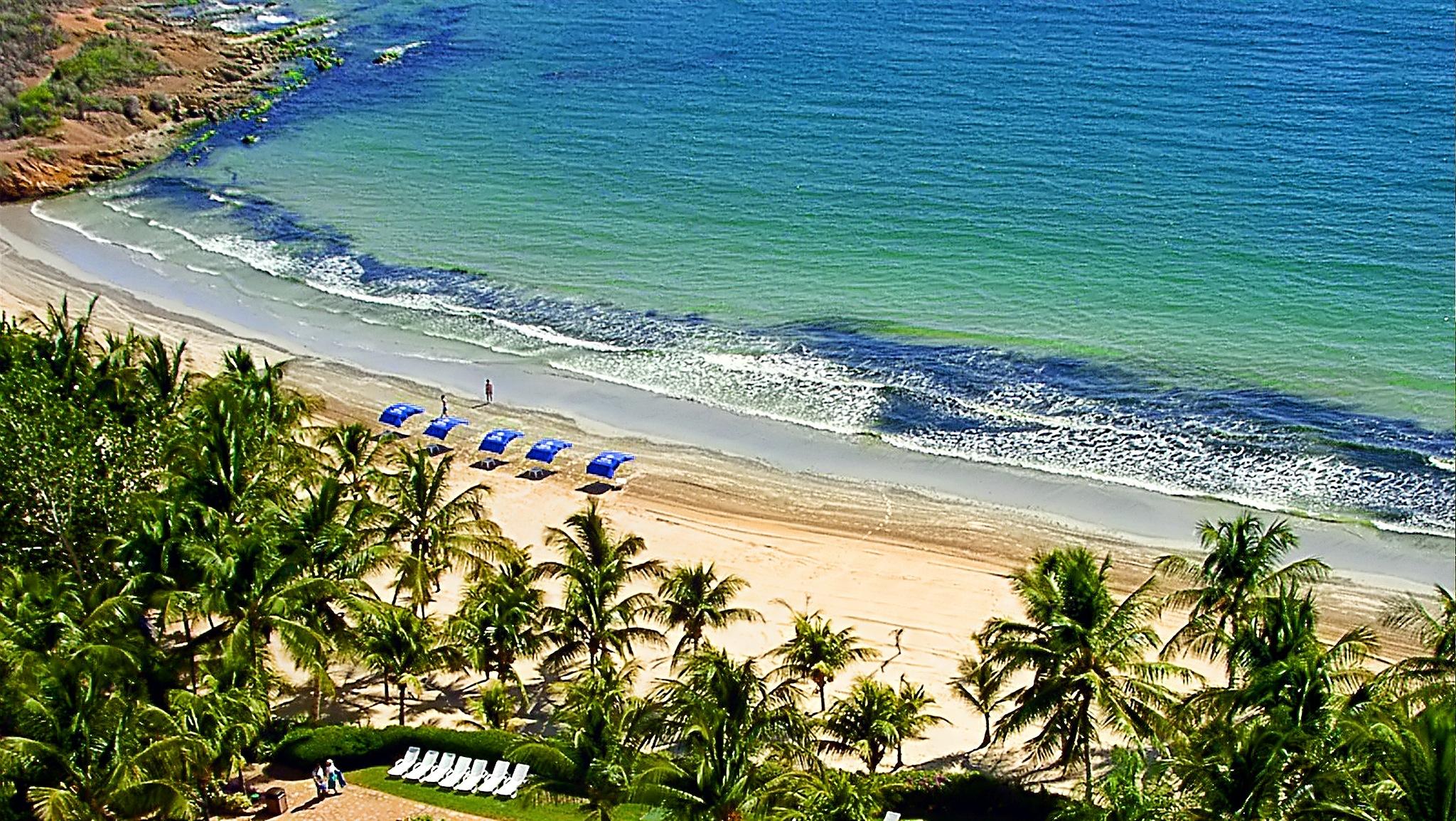 Paisaje marítimo II [La Playa - The Beach] by Juan Manuel