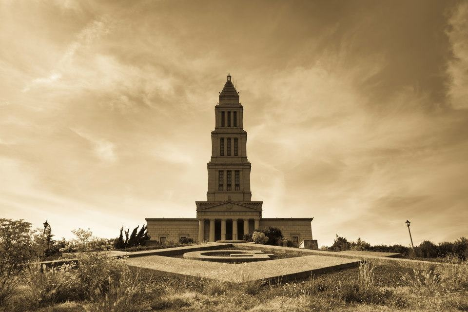 Masonic Washington memorail temple in Alexandria  by Mikhail Minakov