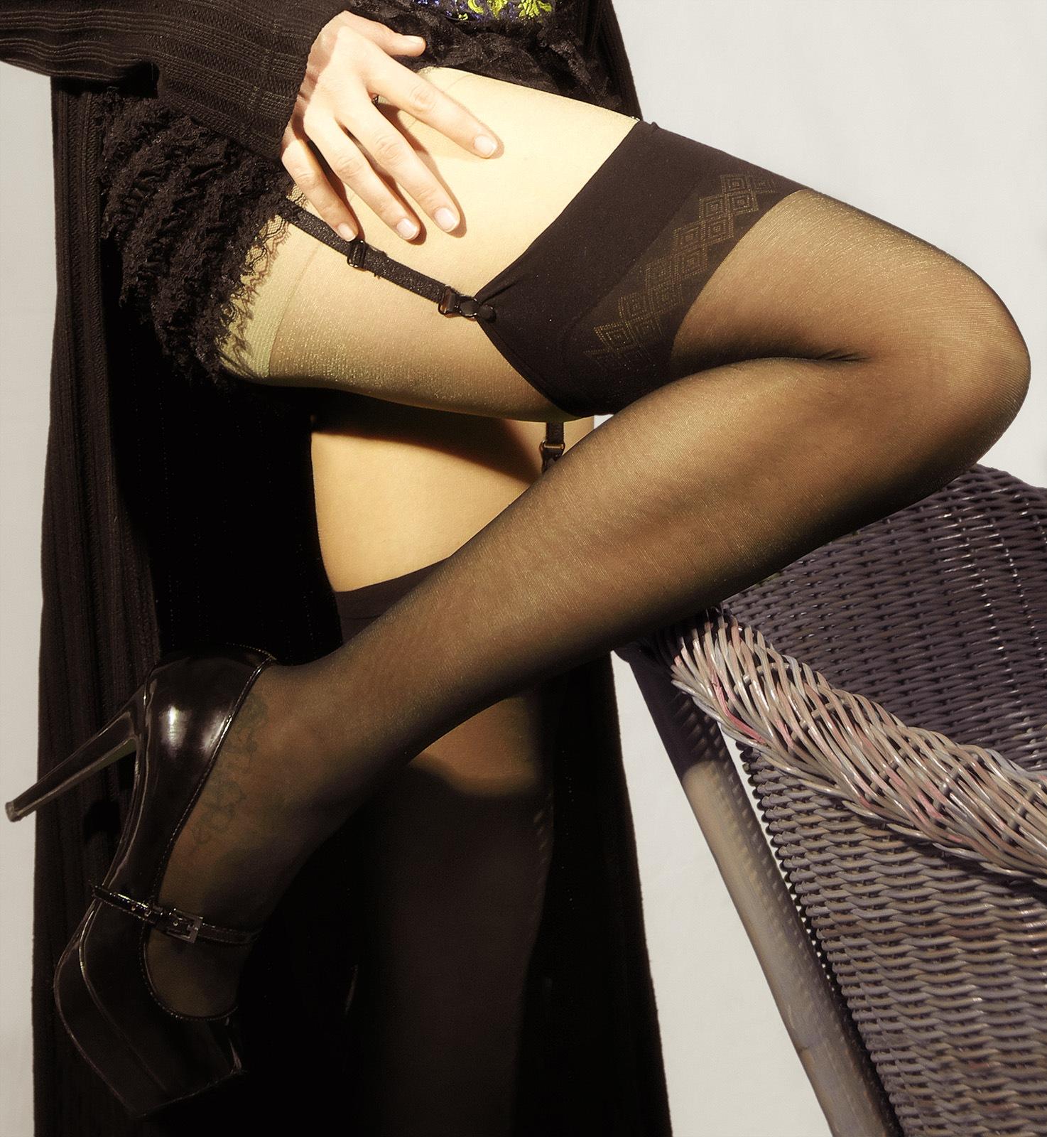 Accent leg by Roberto Perrella photography