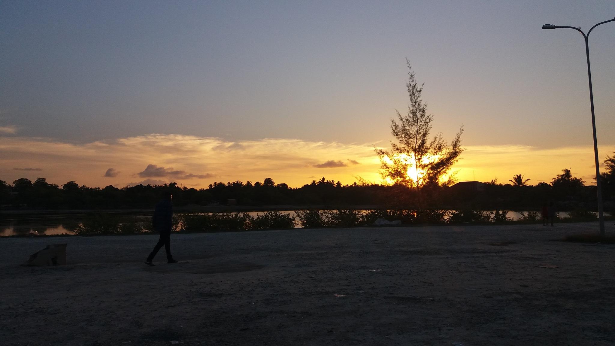 sunset by Abdulla Sideeq