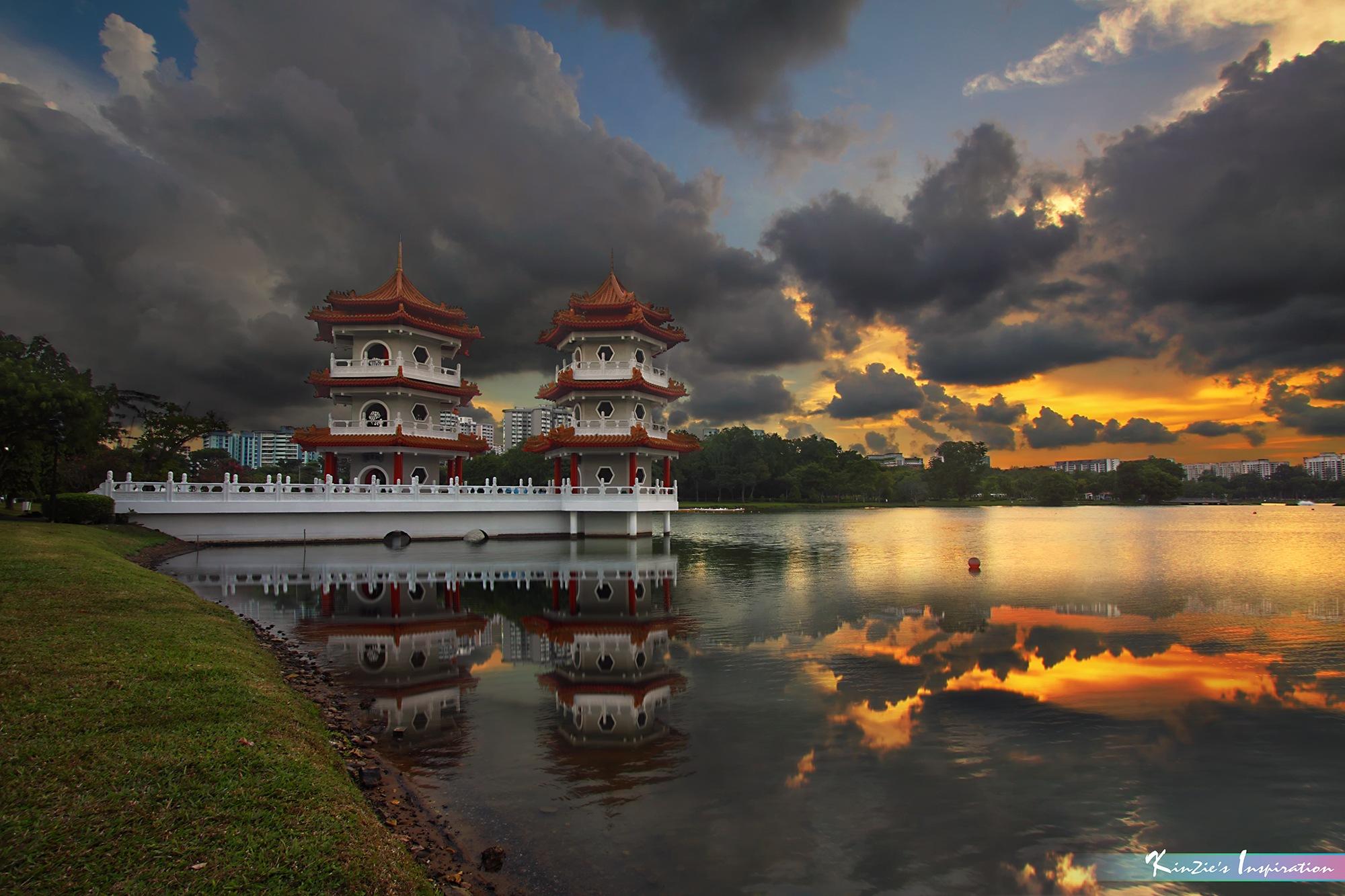 暴風雨來臨 l Heavy Rain Storm is Coming *Corners of Singapore* by iLOVEnature's Photography Inspiration