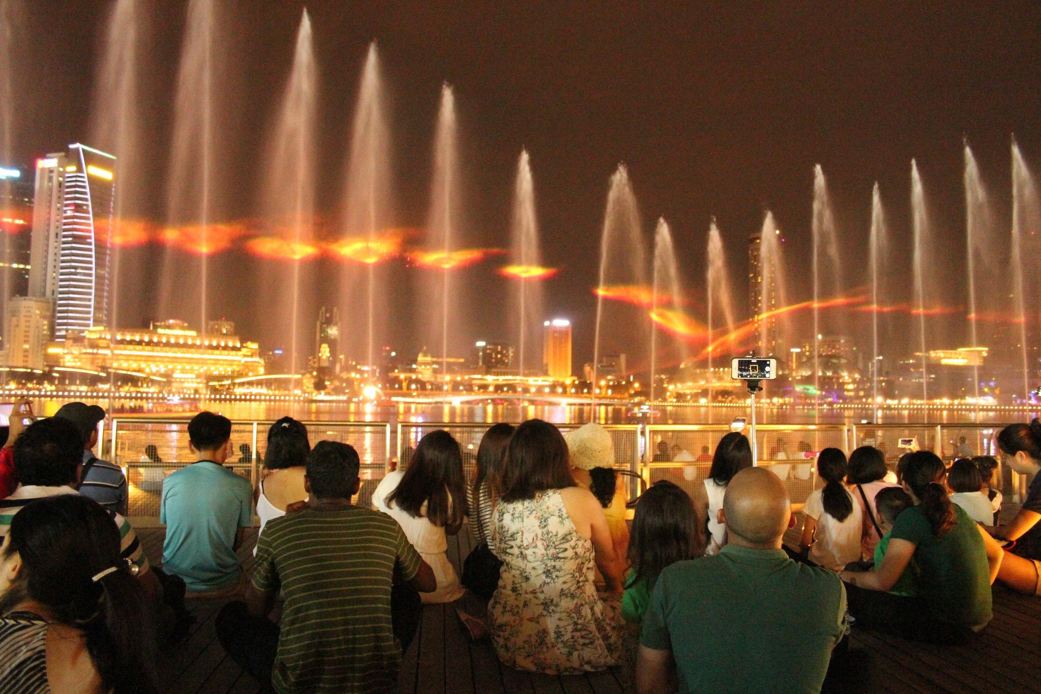 The water show of Marina Bay Sands. by Sreeram Mudavoor