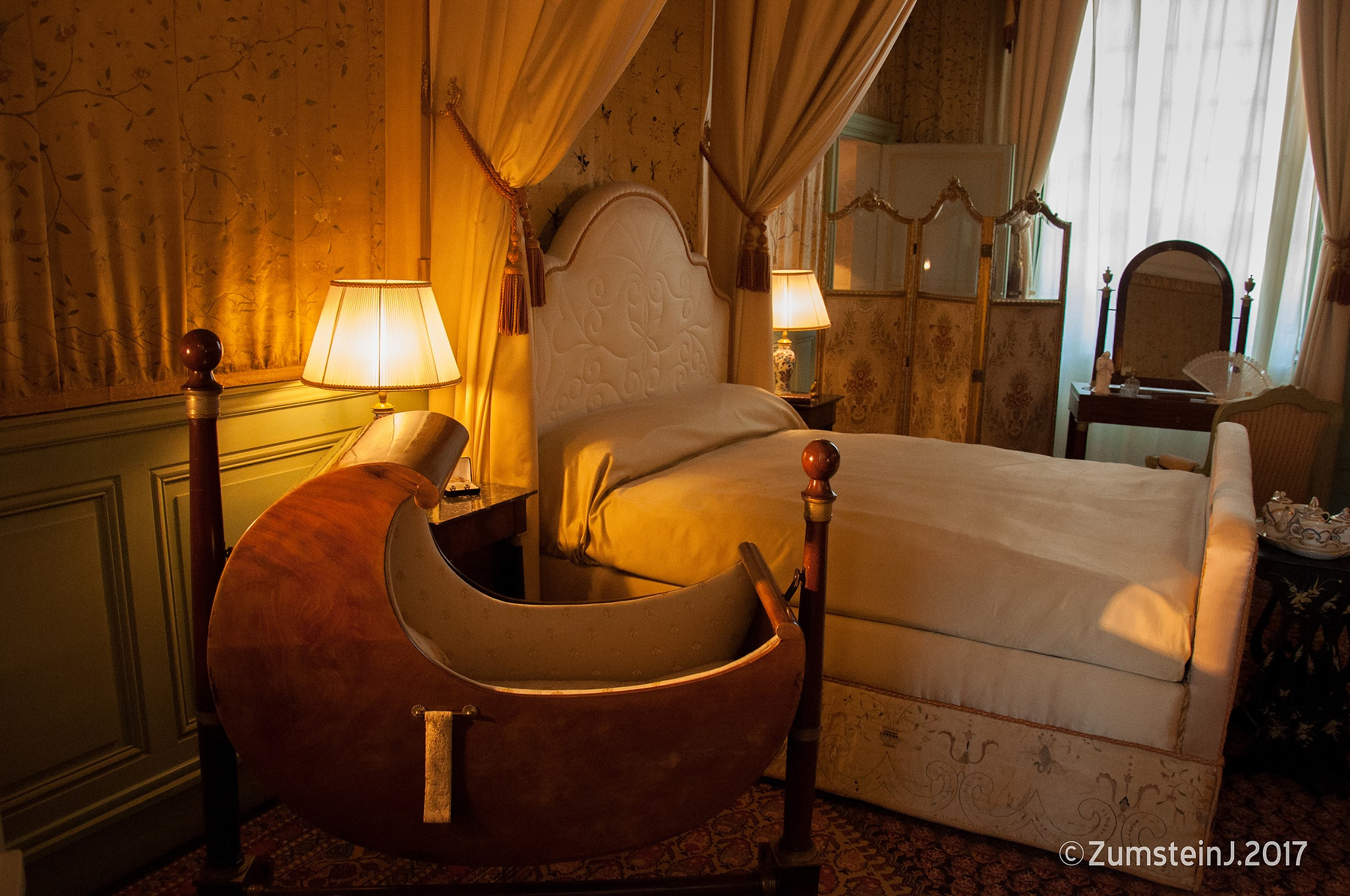 Chambre à coucher by Zumstein Jacqui