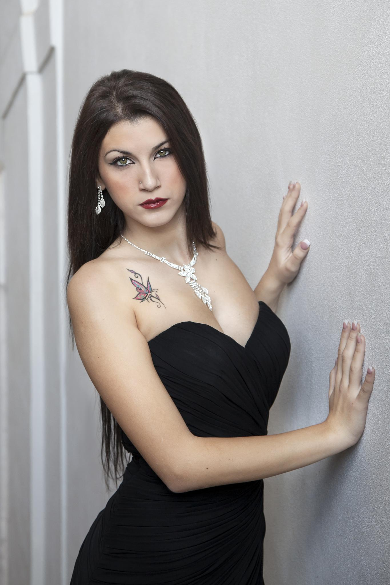 Luana by Andrea Viola