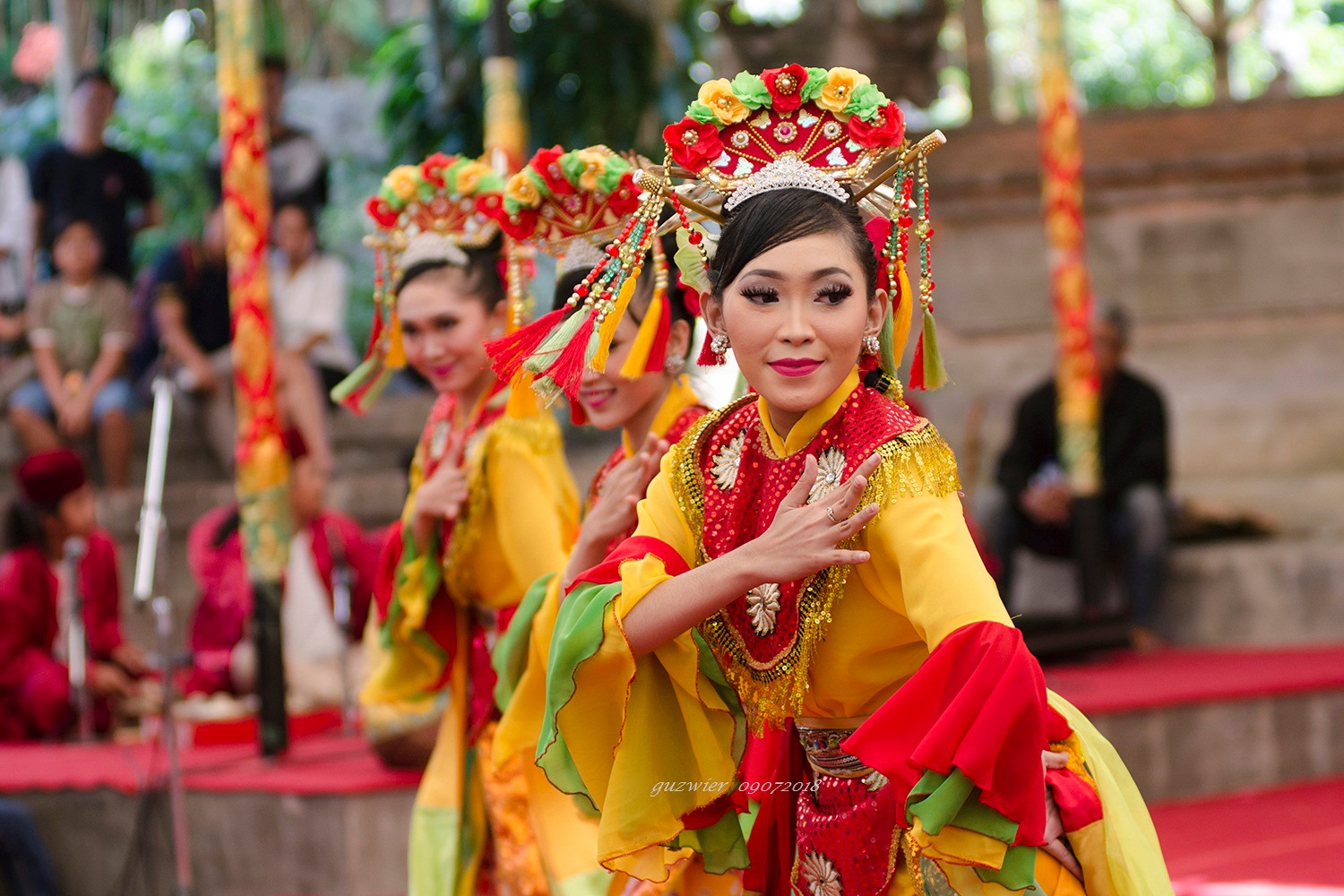 Traditional Dance & Music from Suth Tangerang City by guzwier