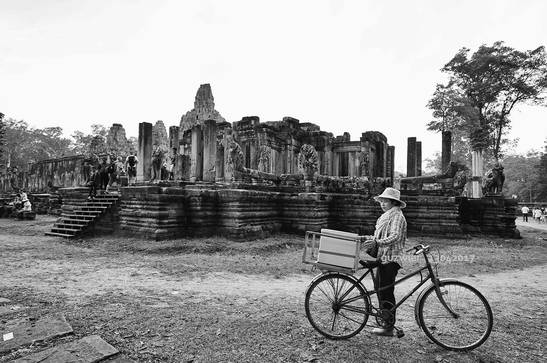 Angkor Thom, Siem Reap, Cambodia by guzwier