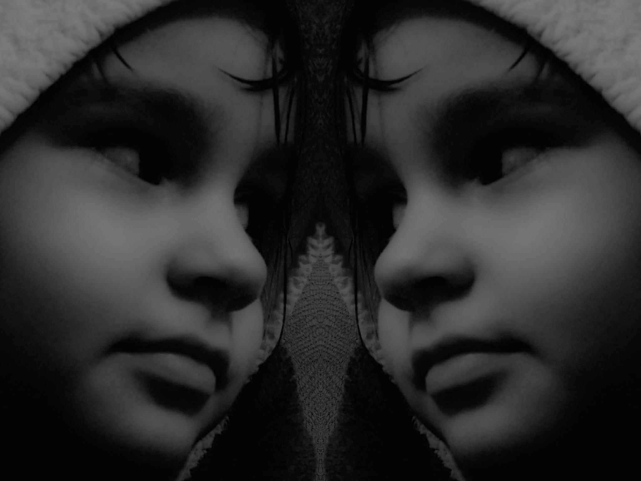 .. mirror .. by goga22
