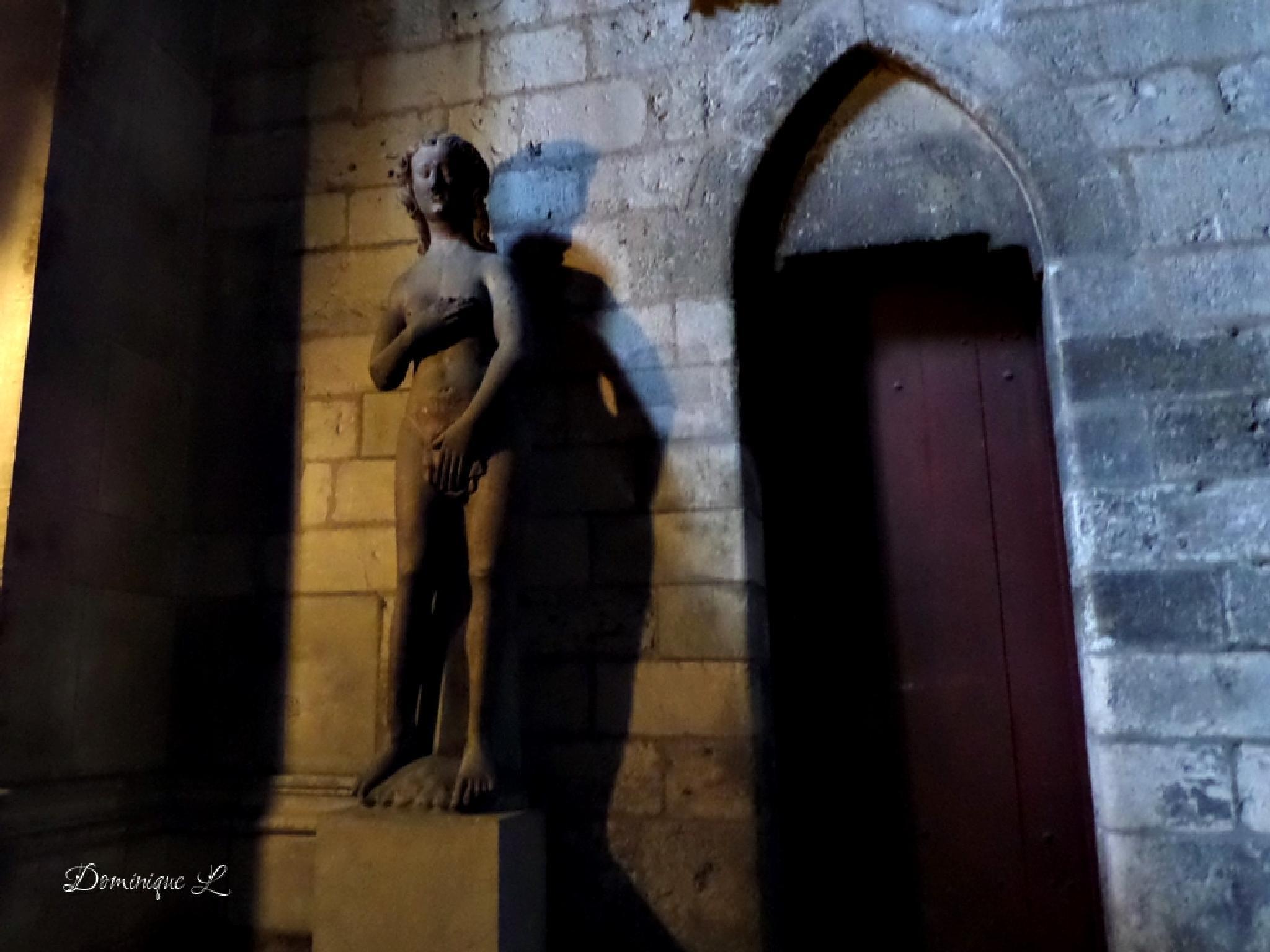 sculpture Eve cathédrale Rouen by DominiqueL