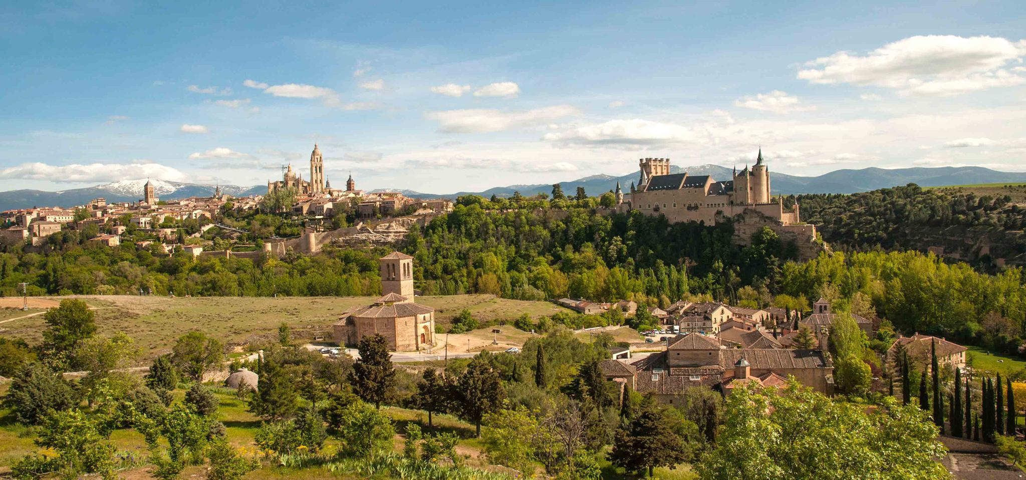 Segovia by Arturo Fernández