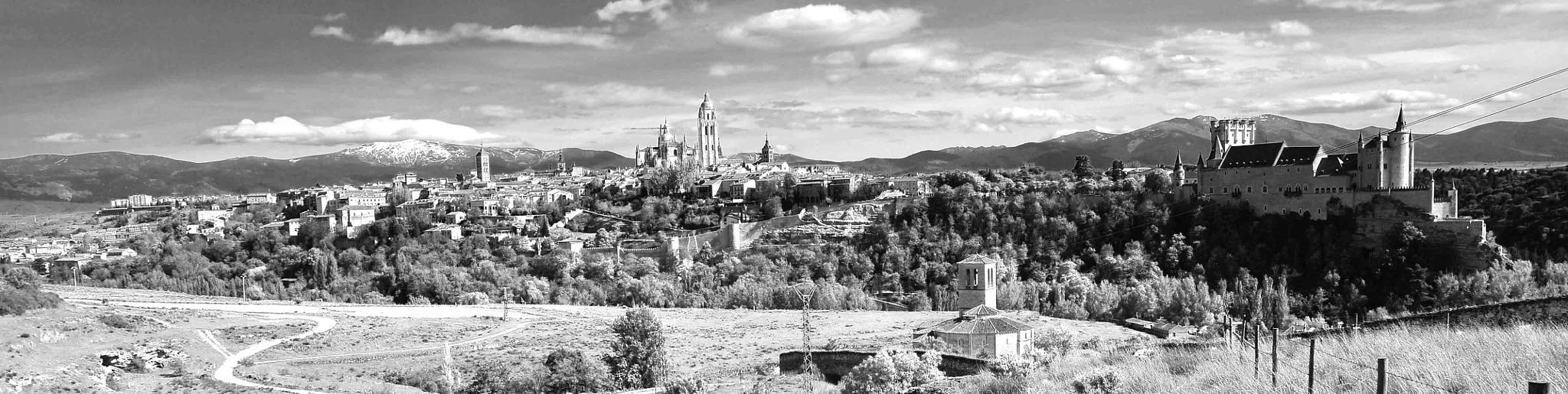 Segovia-2 by Arturo Fernández