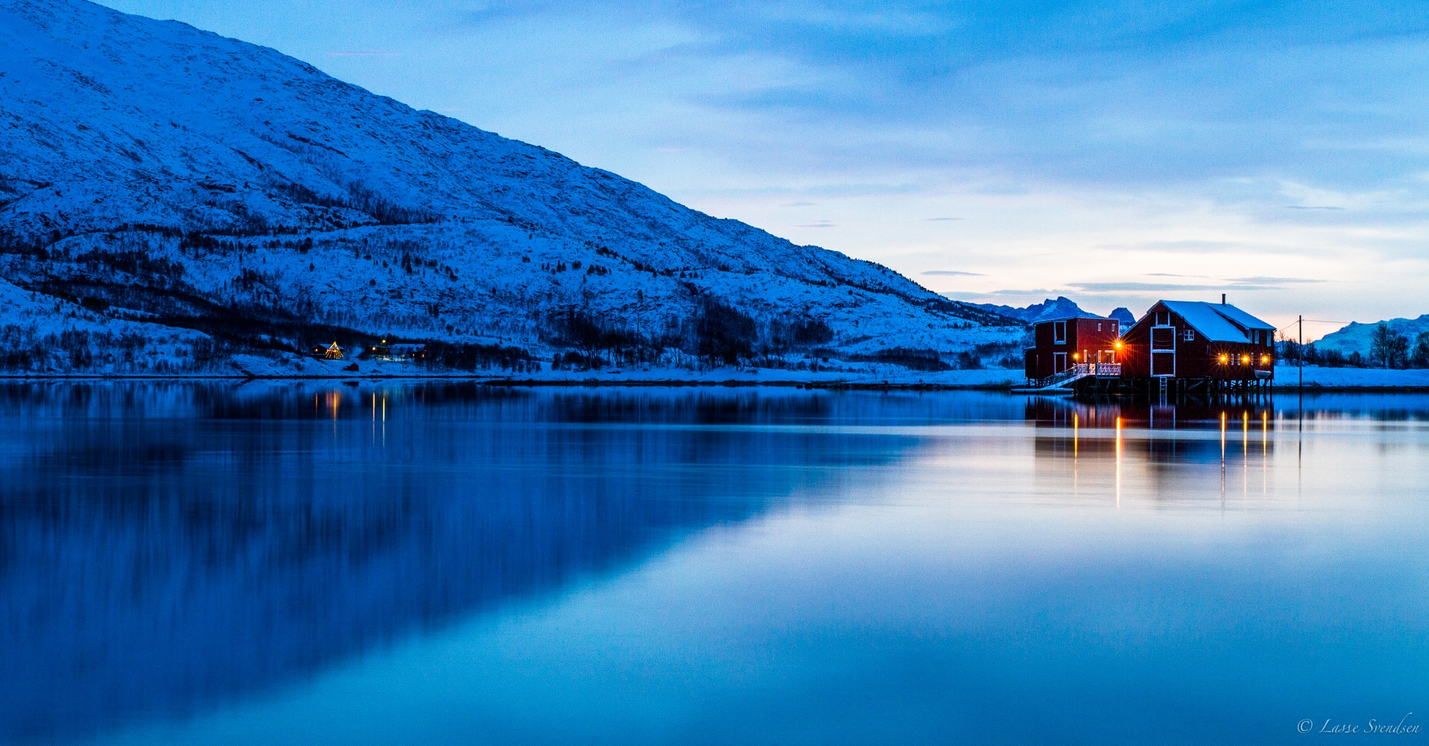 Arctic Light by Lasse Svendsen