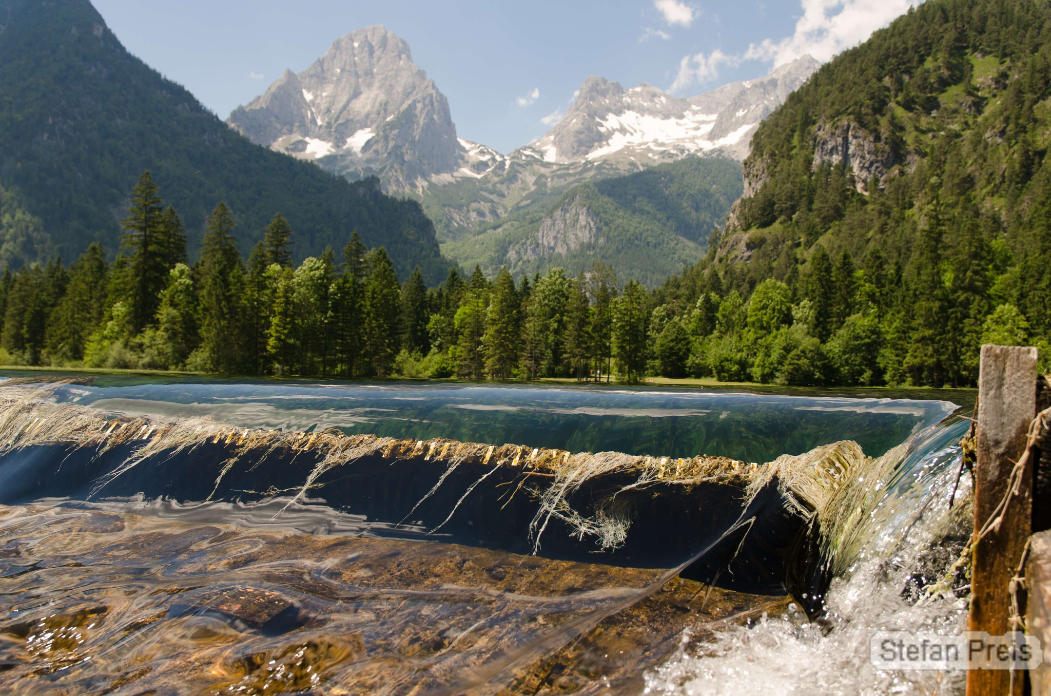 Mountains and Water by StefanPreis