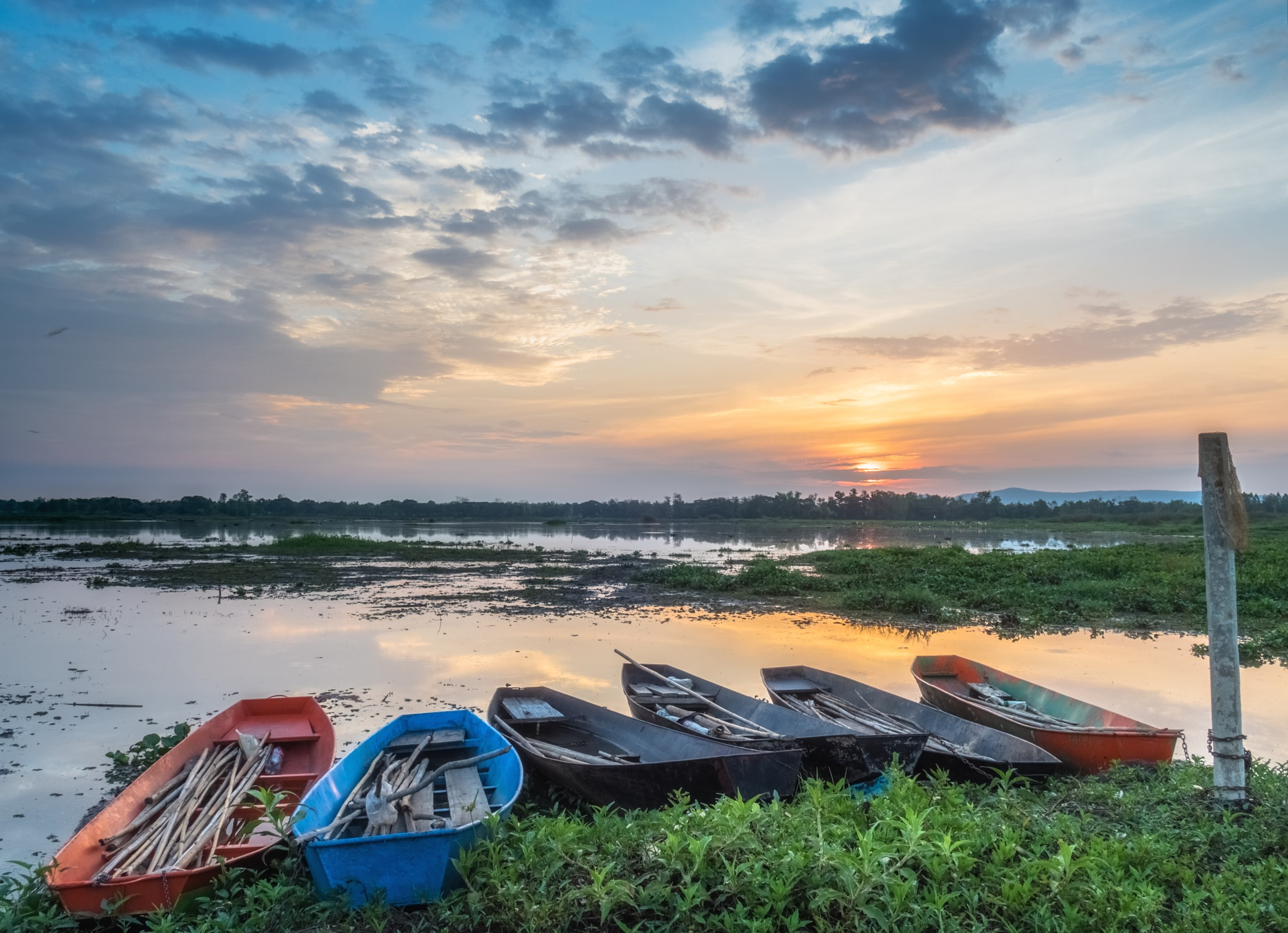 New day in Isaan by steve56