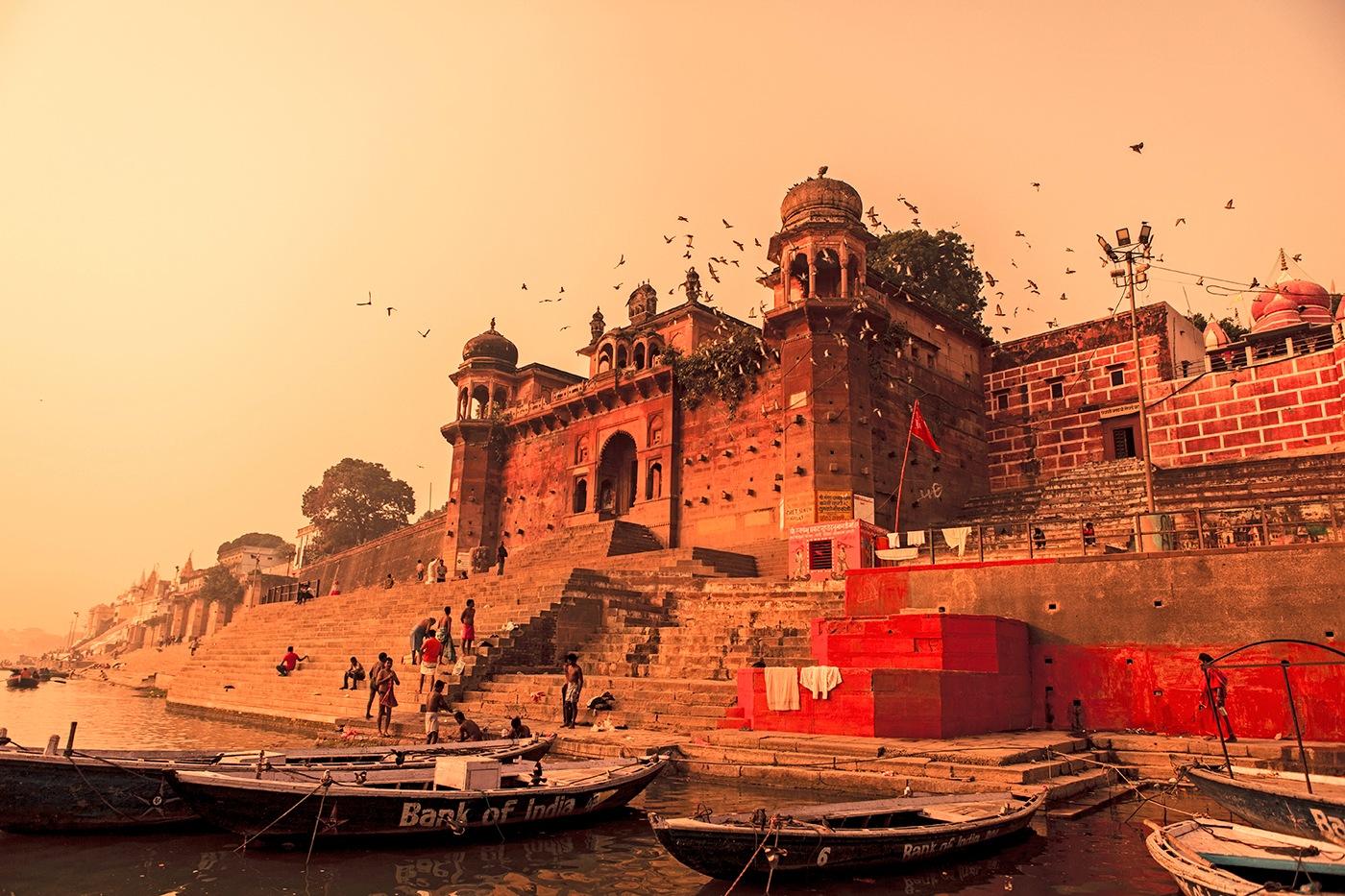 Banaras by Vinod Khapekar