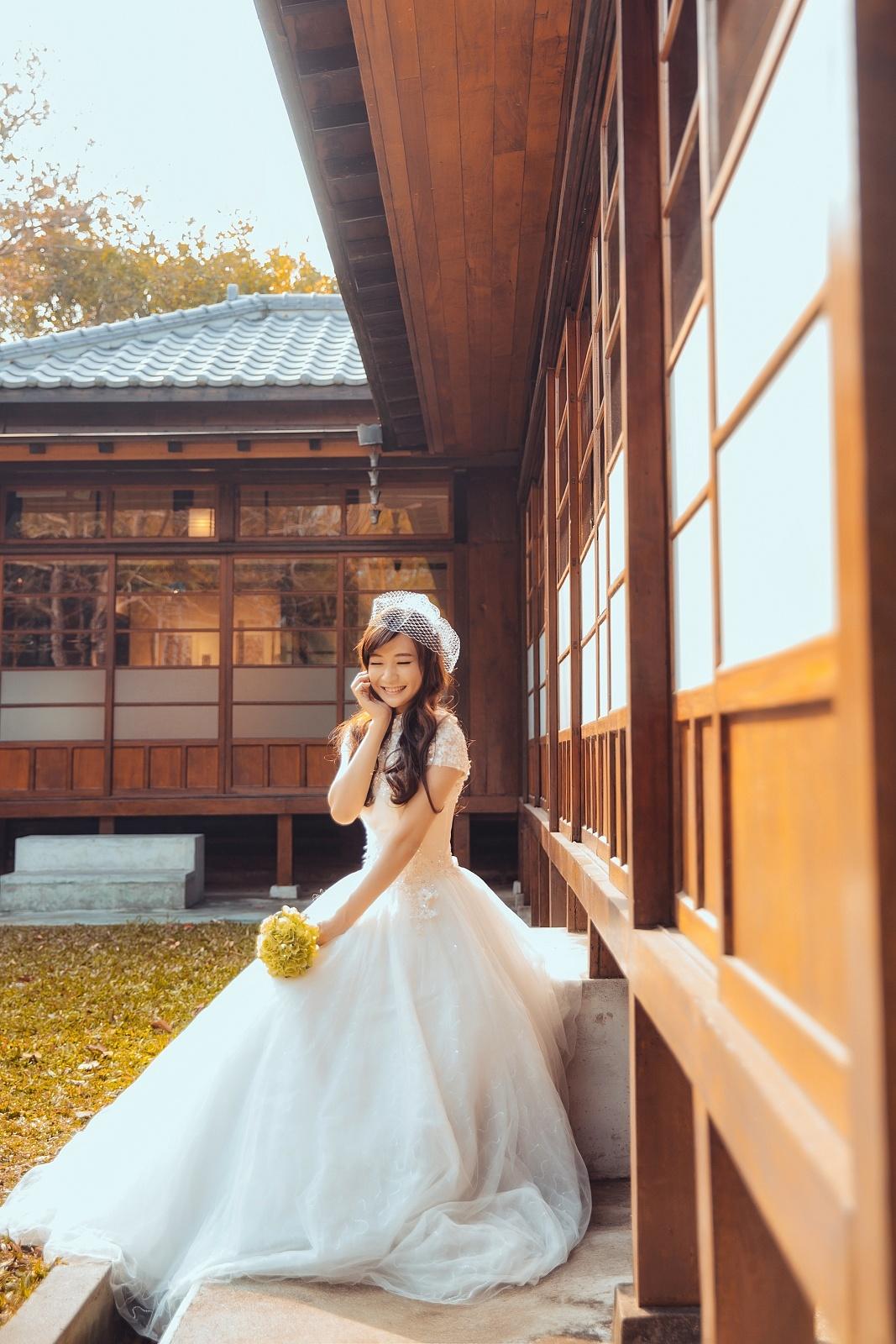 wedding 愛笑的眼睛 by 鄭阿乃