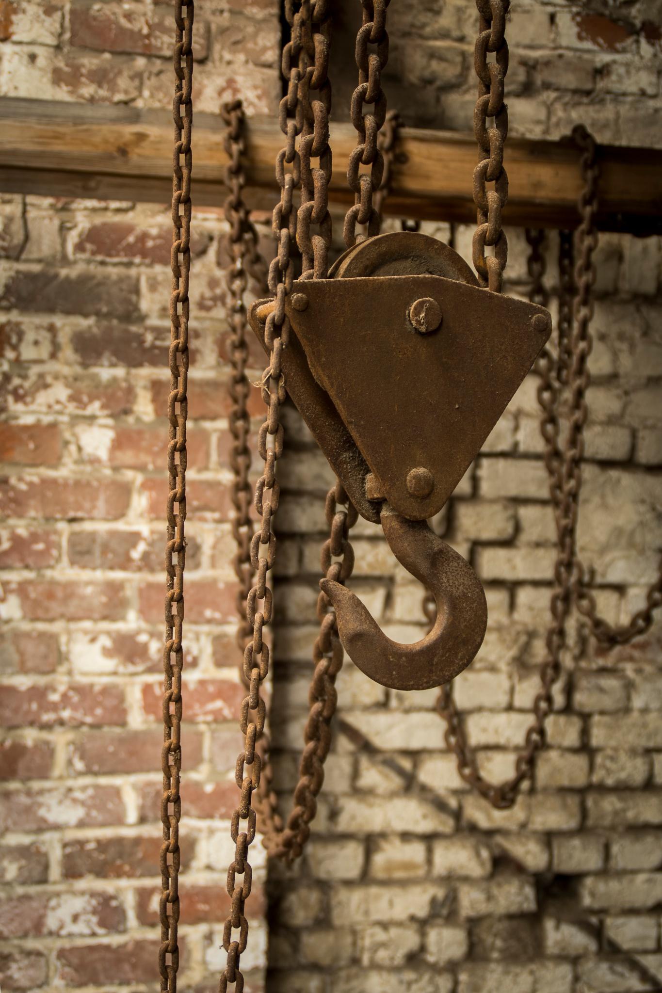 Photo in HDRI #hdr #hook #chain #rust #lichtervelde #site van coillie