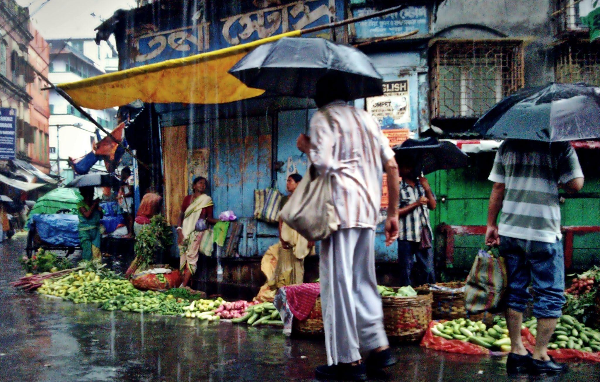 Busy Market by Abhishek Sarkar