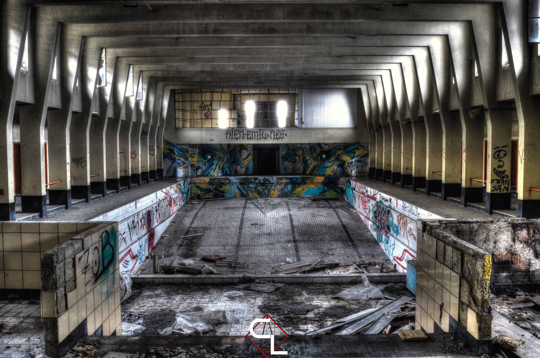 dead pool  by chris_Paps