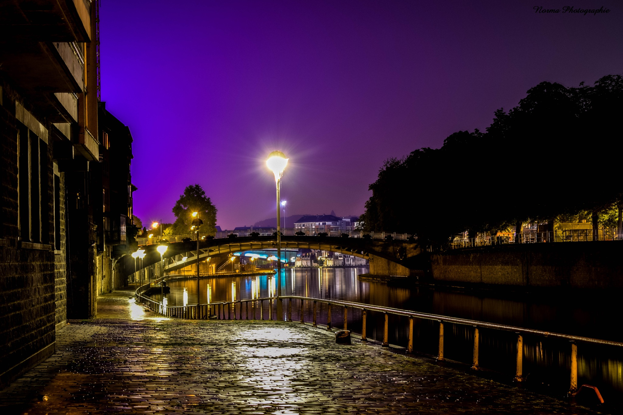 Namur by night  by Norma Photographie