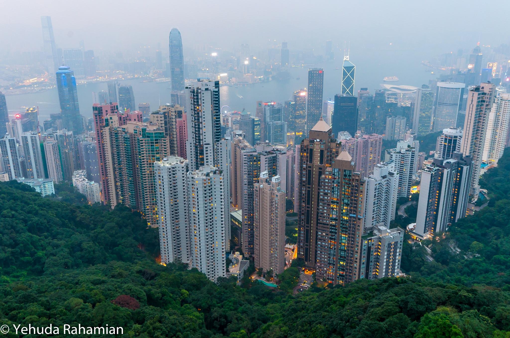 victoria peak - Hong Kong by udiram