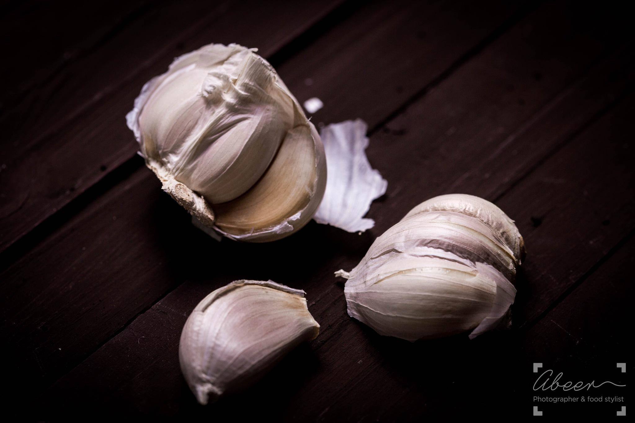 Garlic by Abeer Steitieh