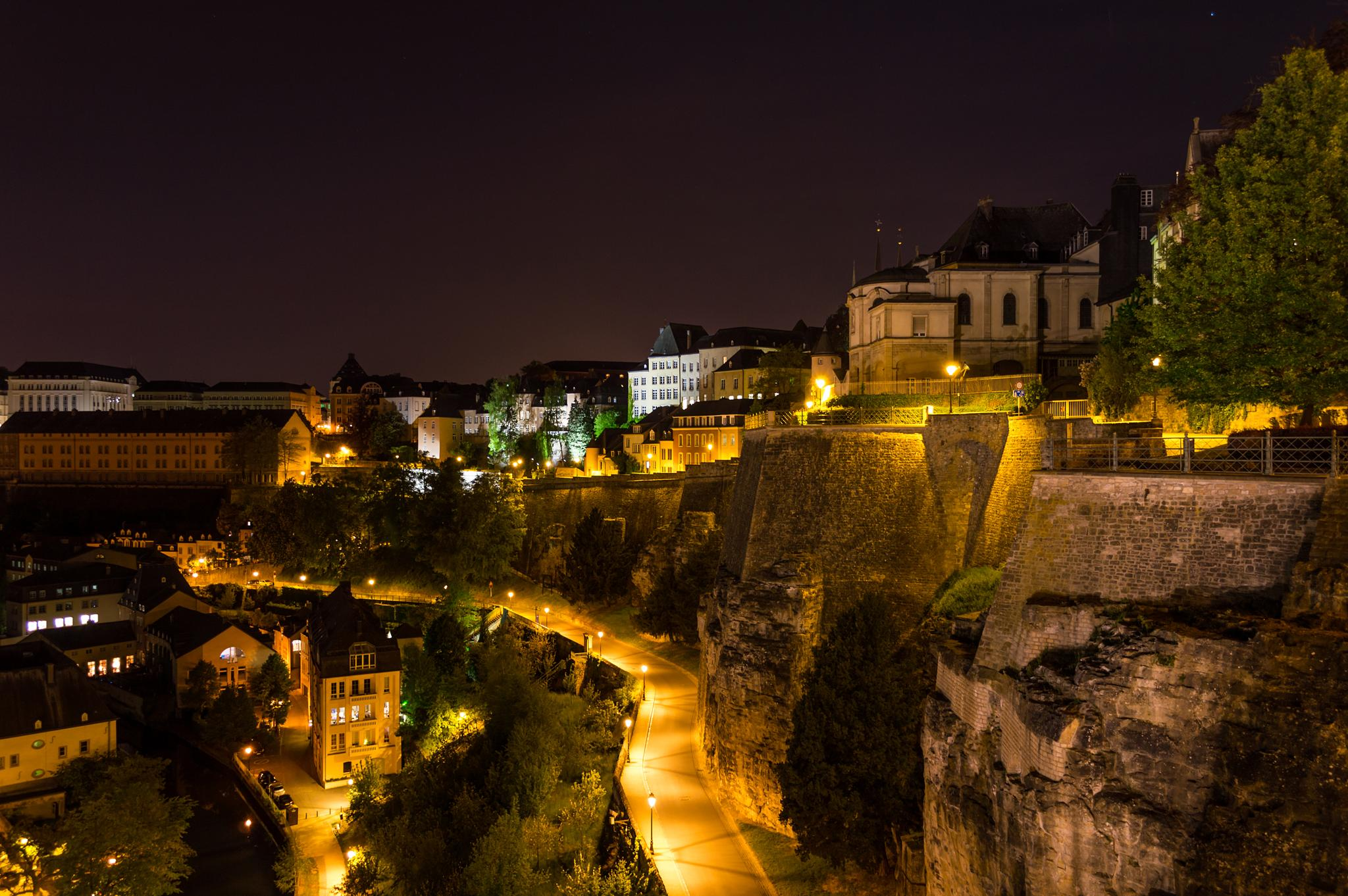 Photo in Cityscape #luxembourg #long #exposure #night #cityscape #city #architecture #peacefull #stone #travel